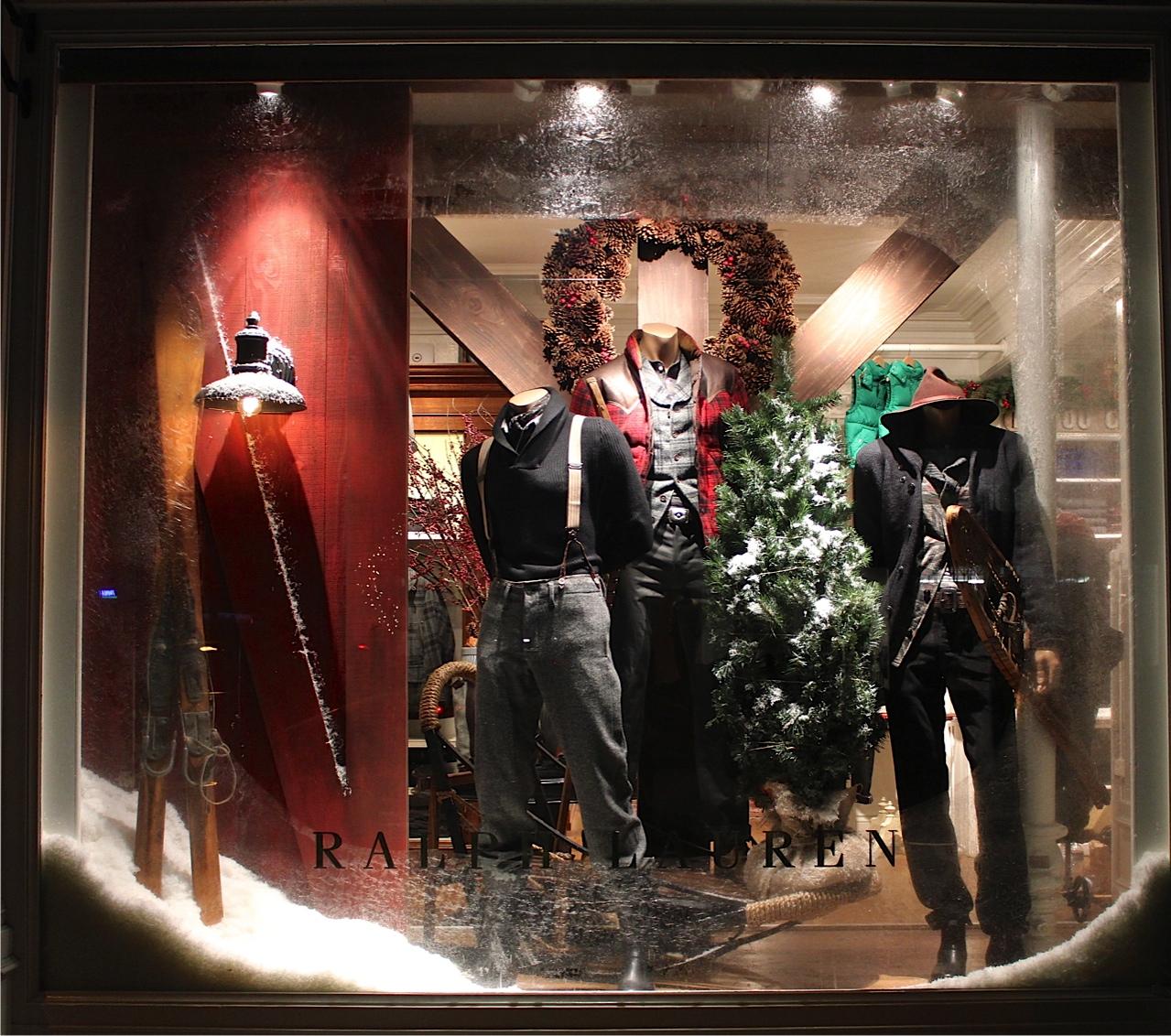 Cindy Lin Visual Merchandising & Display Work1.jpg