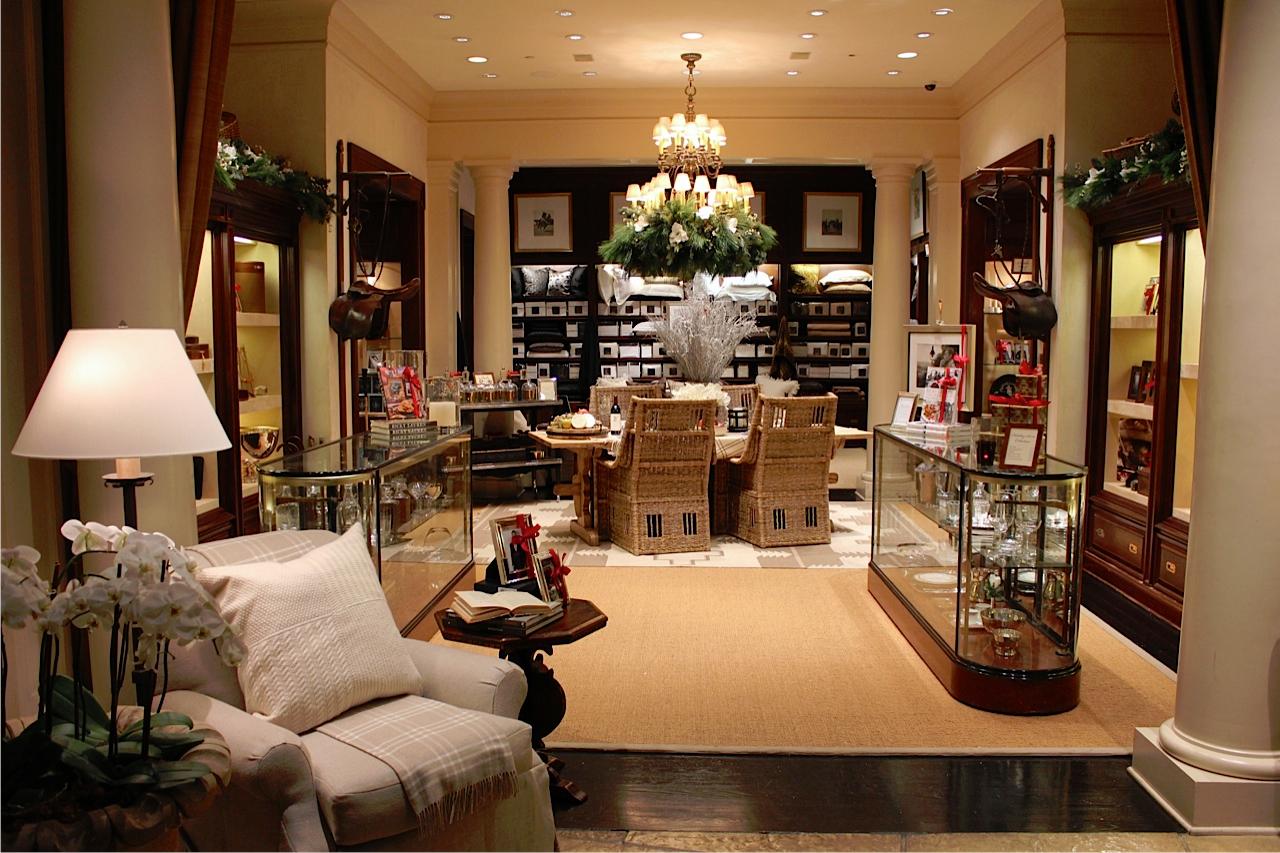 Cindy Lin Visual Merchandising & Display Work13.jpg