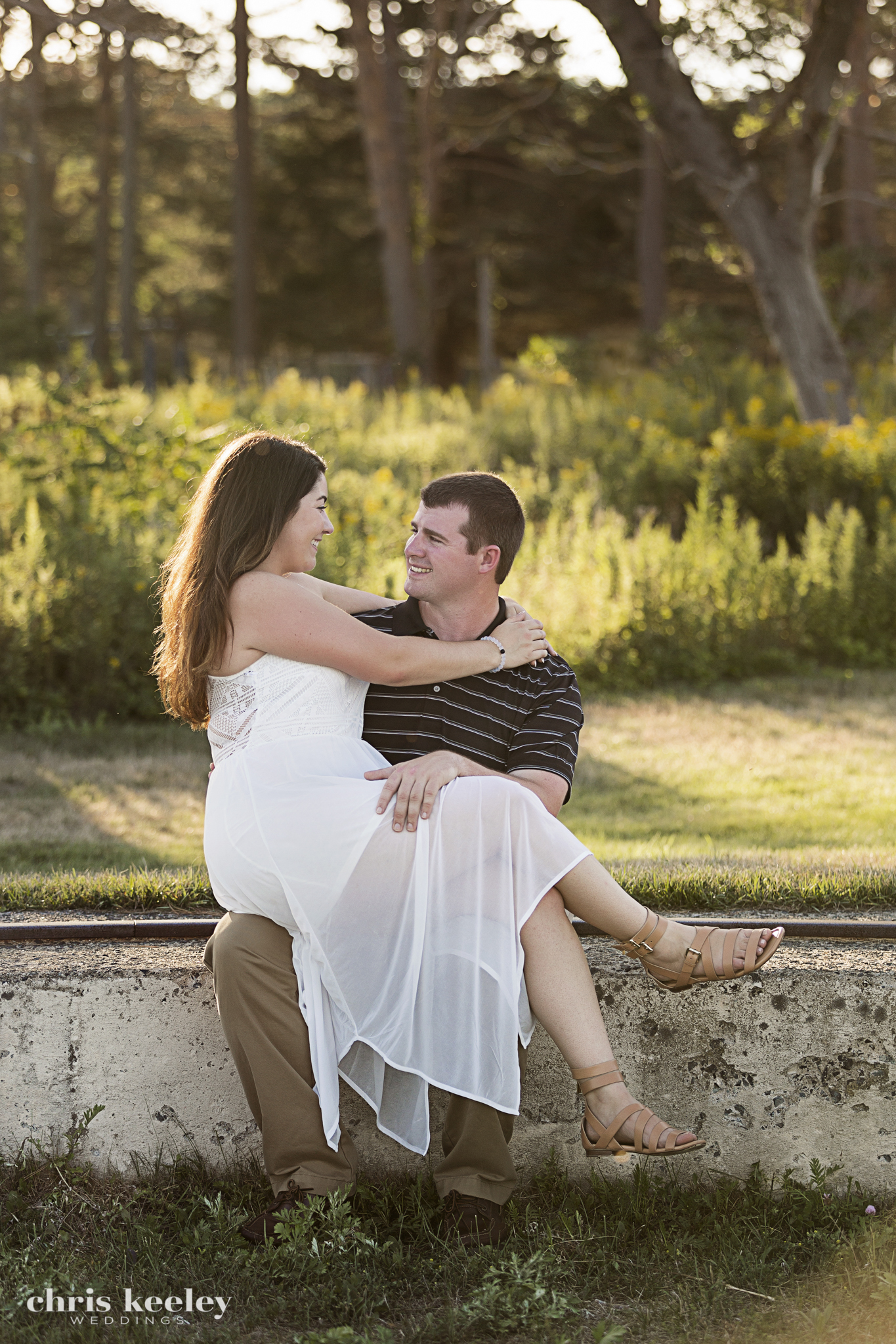 17-engagement-wedding-pictures-rye-new-hampshire-chris-keeley-weddings.jpg