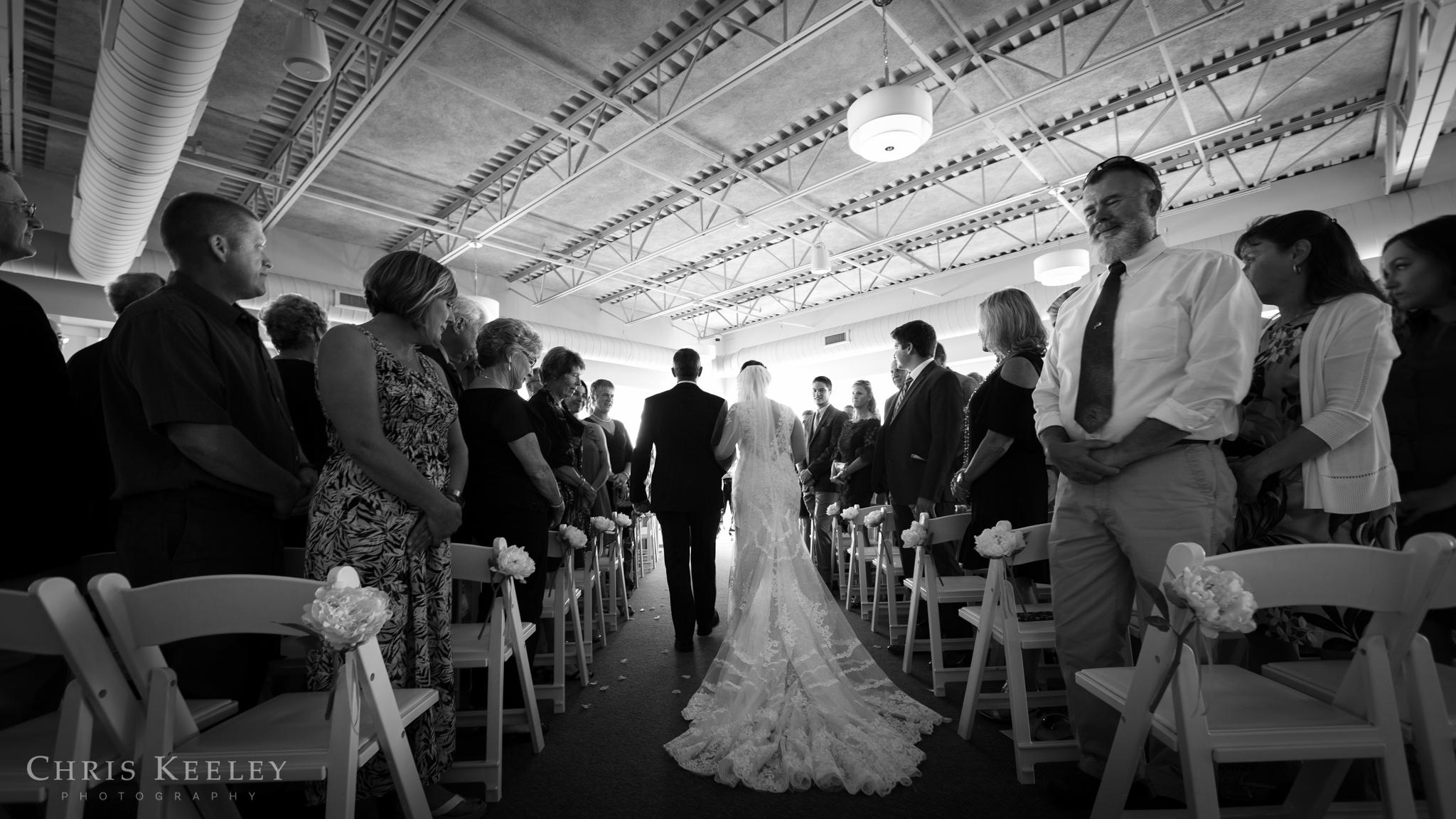 18-blue-ocean-music-hall-massachusetts-wedding-photographer.jpg