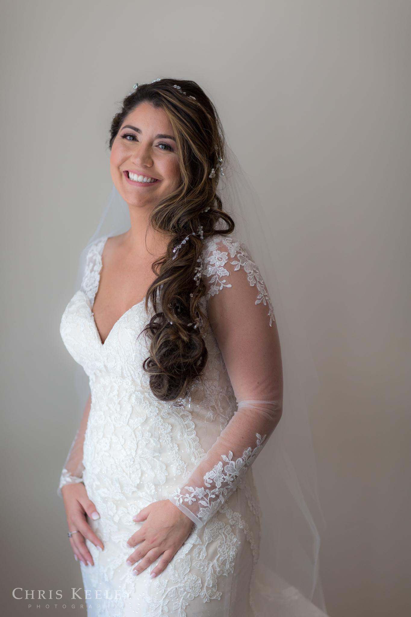 16-blue-ocean-music-hall-massachusetts-wedding-photographer.jpg