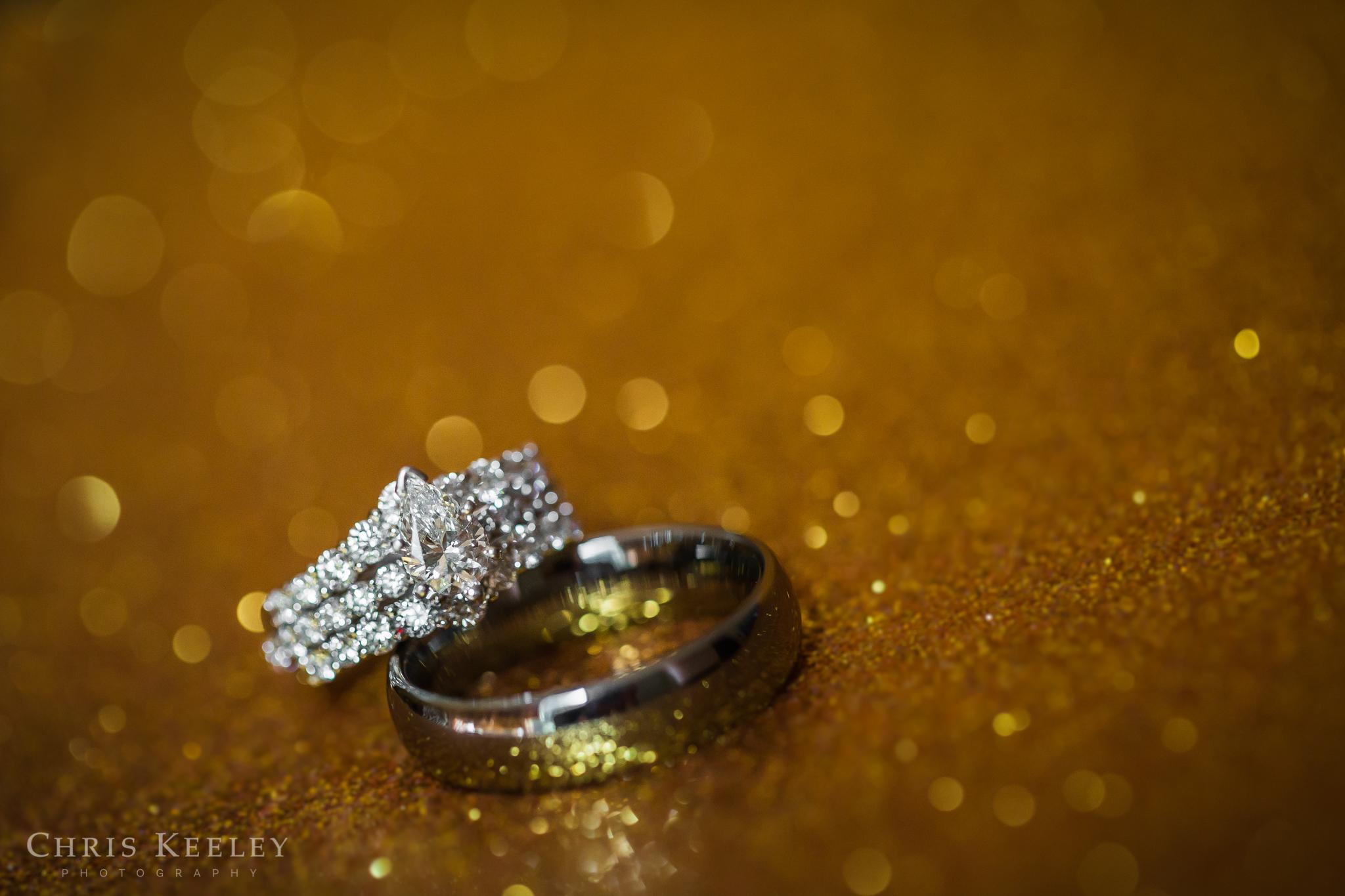 05-blue-ocean-music-hall-massachusetts-wedding-photographer.jpg