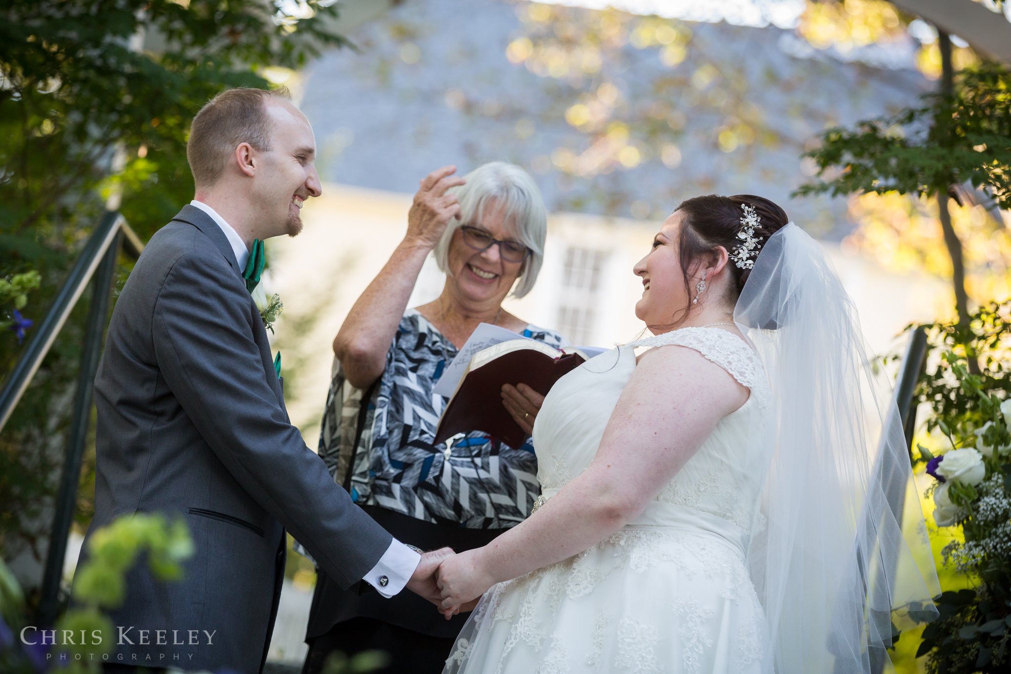 new-hampshire-wedding-photographer-three-chimneys-inn-chris-keeley-photography-15.jpg