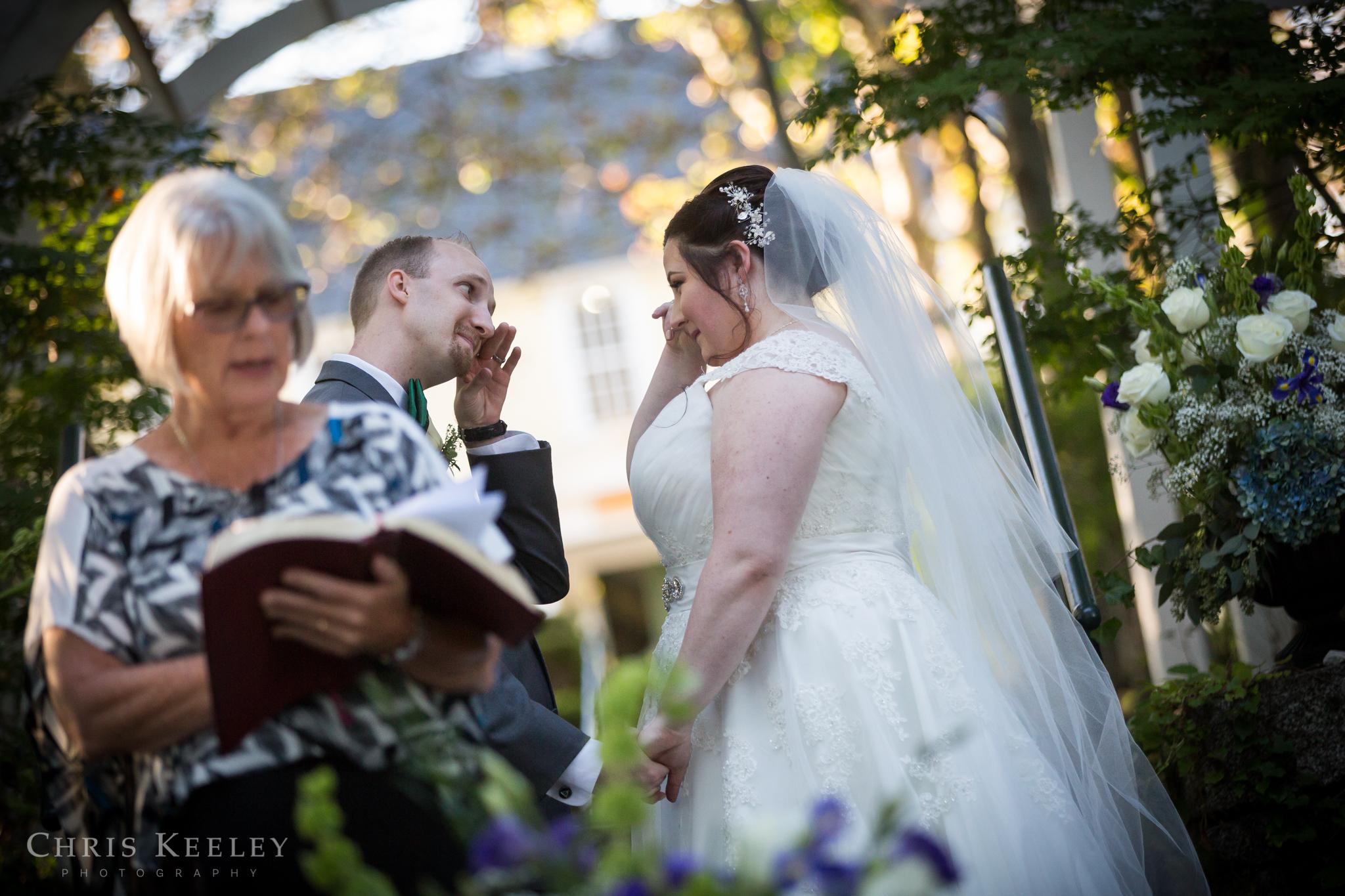 new-hampshire-wedding-photographer-three-chimneys-inn-chris-keeley-photography-17.jpg