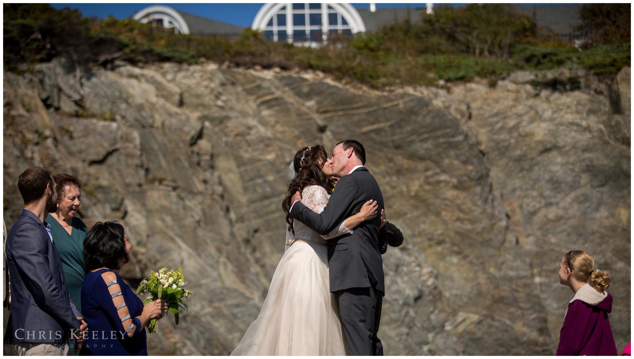 mckenzie-jeff-cliff-house-wedding-new-hampshire-wedding-photographer-chris-keeley-25.jpg