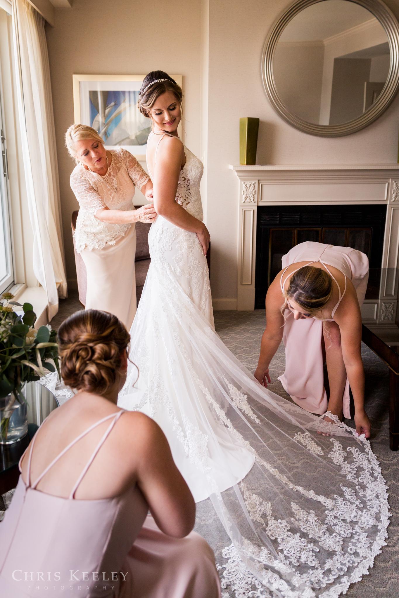 mombo-portsmouth-new-hampshire-wedding-photograper-16.jpg
