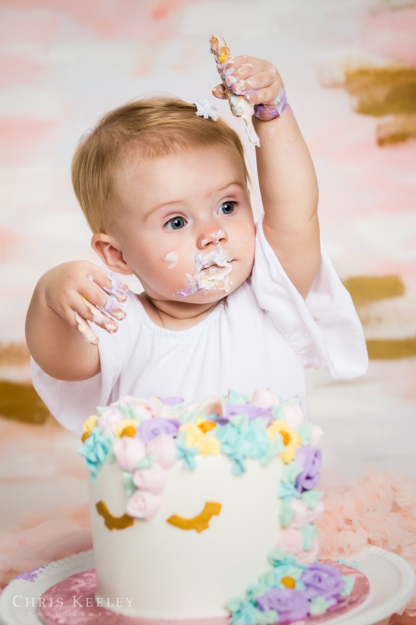 gwendolyn-one-year-cake-smash-dover-new-hampshire-photographer-10.jpg