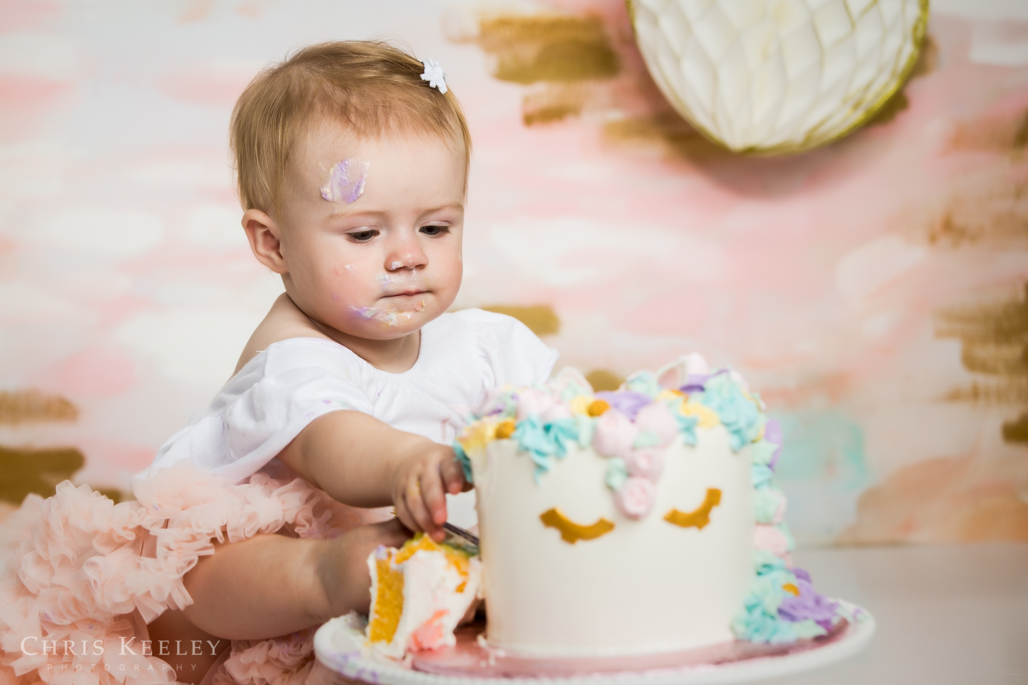 gwendolyn-one-year-cake-smash-dover-new-hampshire-photographer-13.jpg