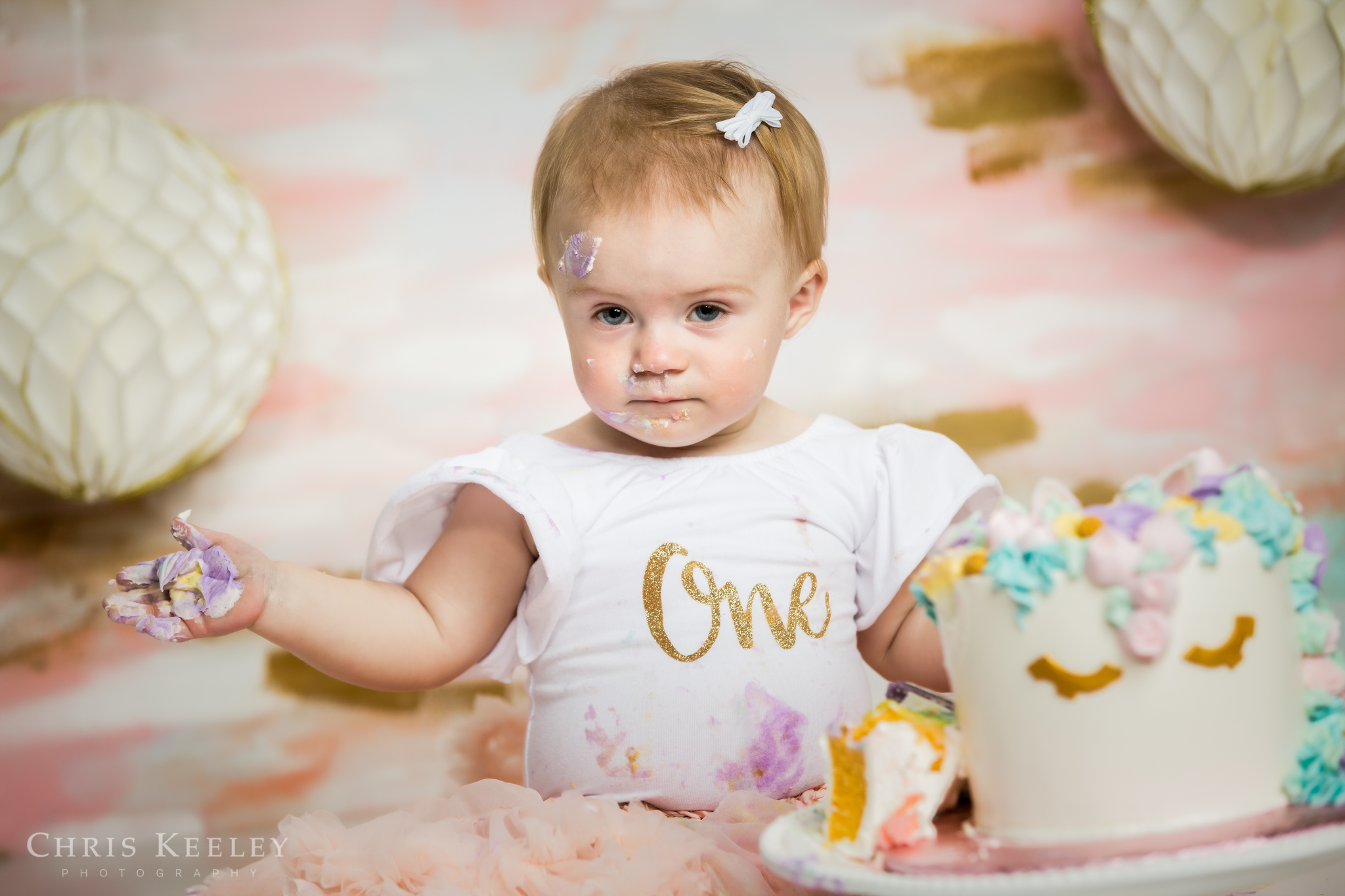 gwendolyn-one-year-cake-smash-dover-new-hampshire-photographer-15.jpg