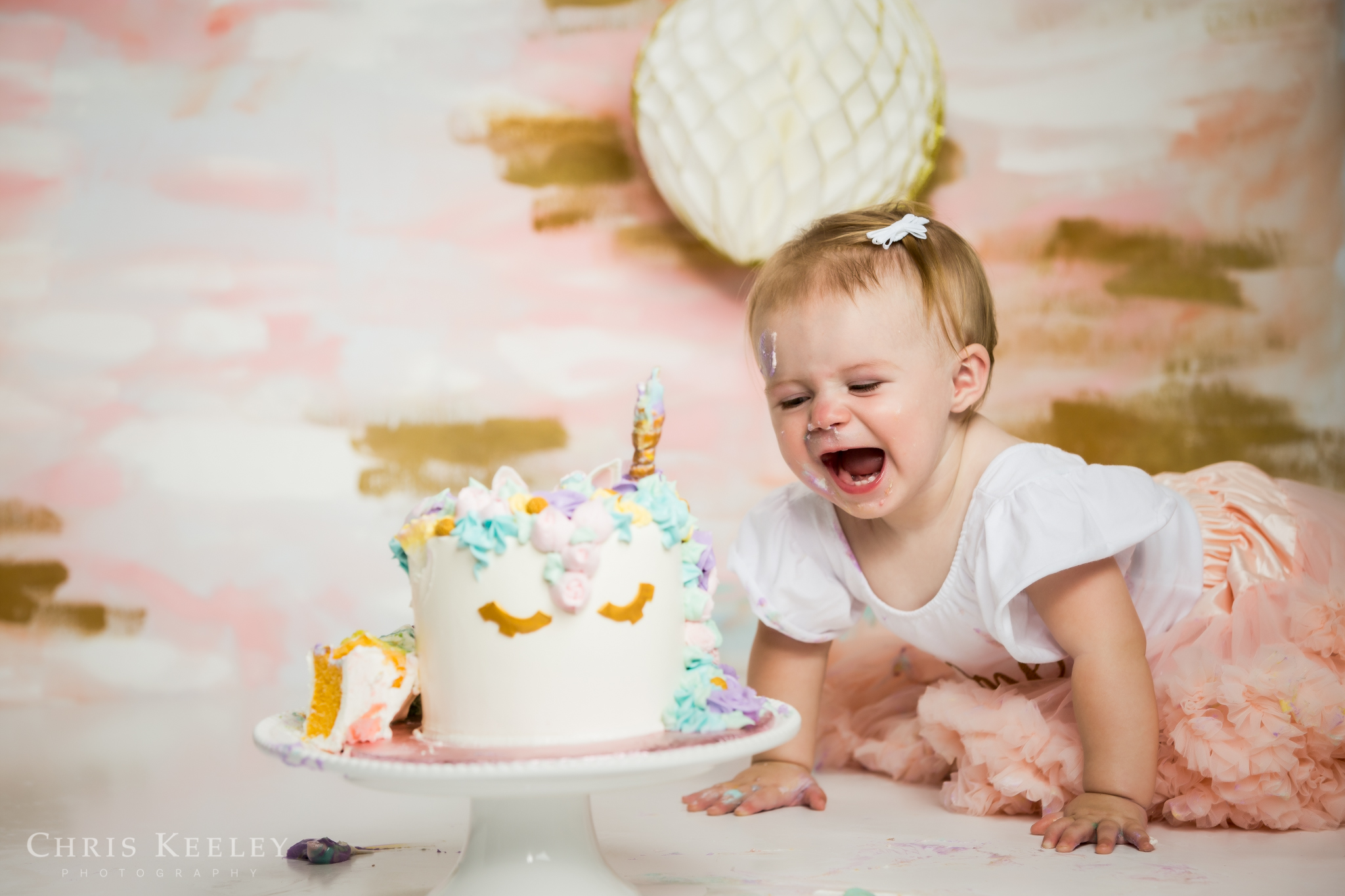 gwendolyn-one-year-cake-smash-dover-new-hampshire-photographer-19.jpg
