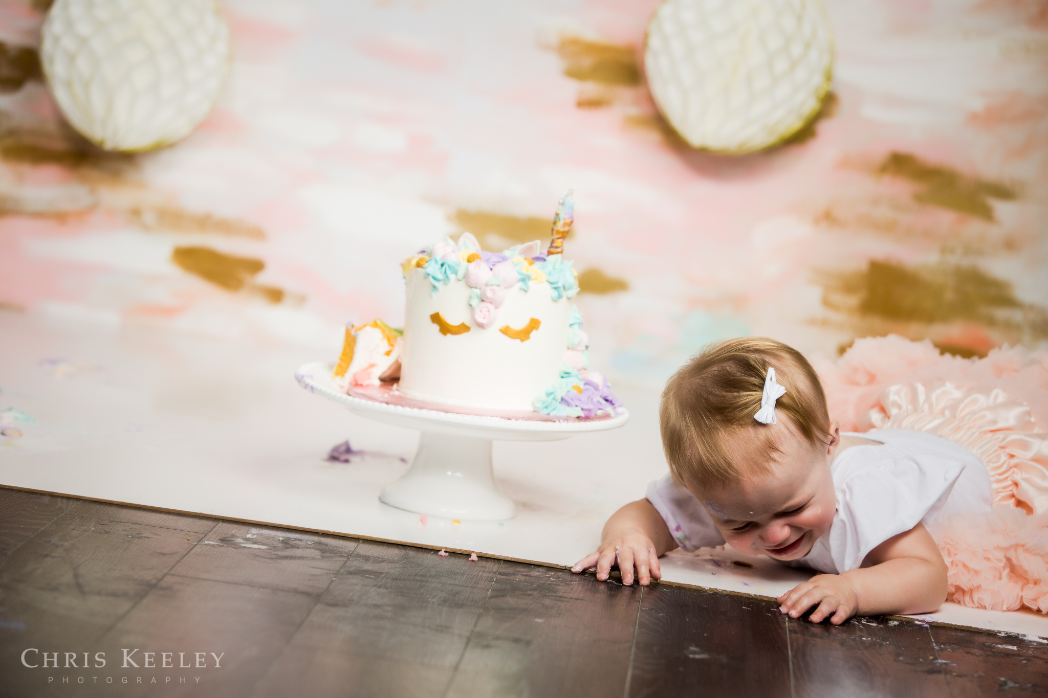 gwendolyn-one-year-cake-smash-dover-new-hampshire-photographer-21.jpg