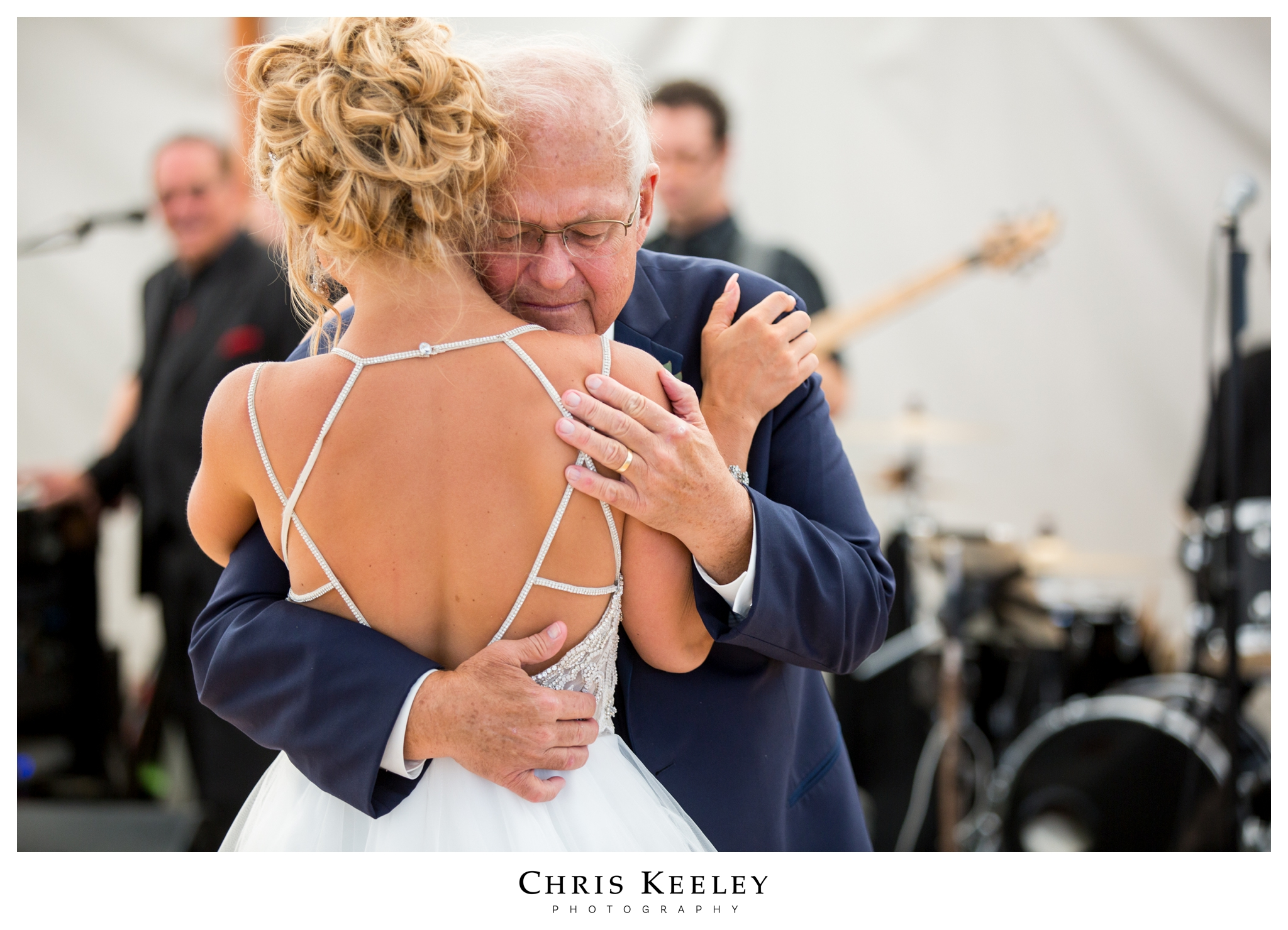 father-daughter-dance-quiet-moment.jpg