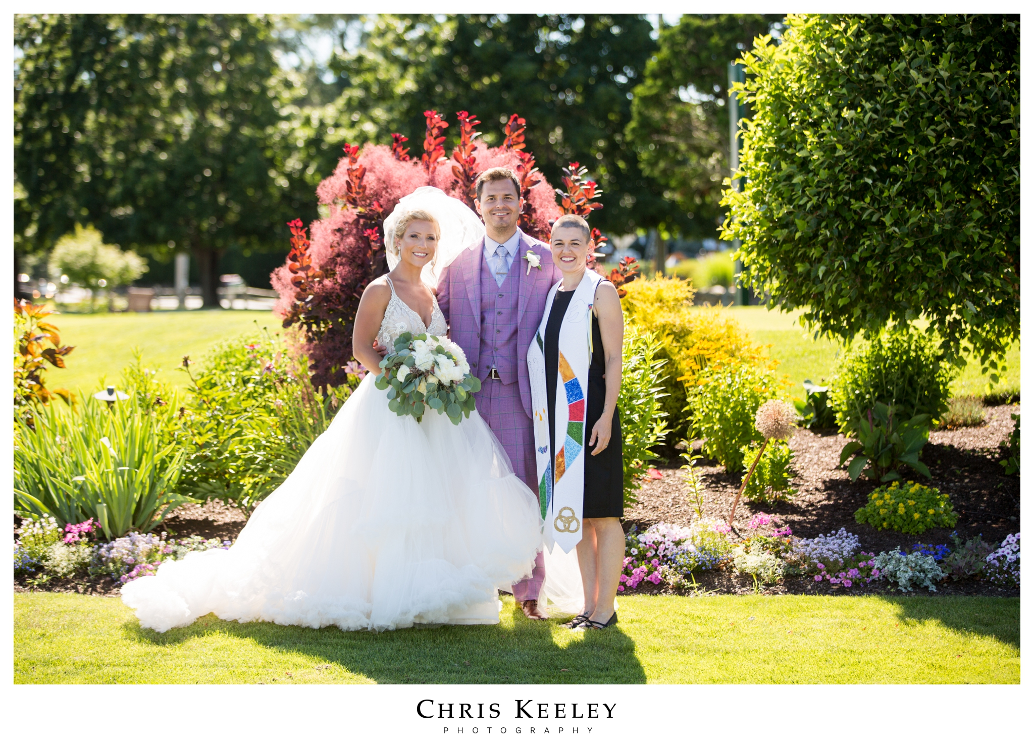bride-groom-with-new-hampshire-officiant.jpg