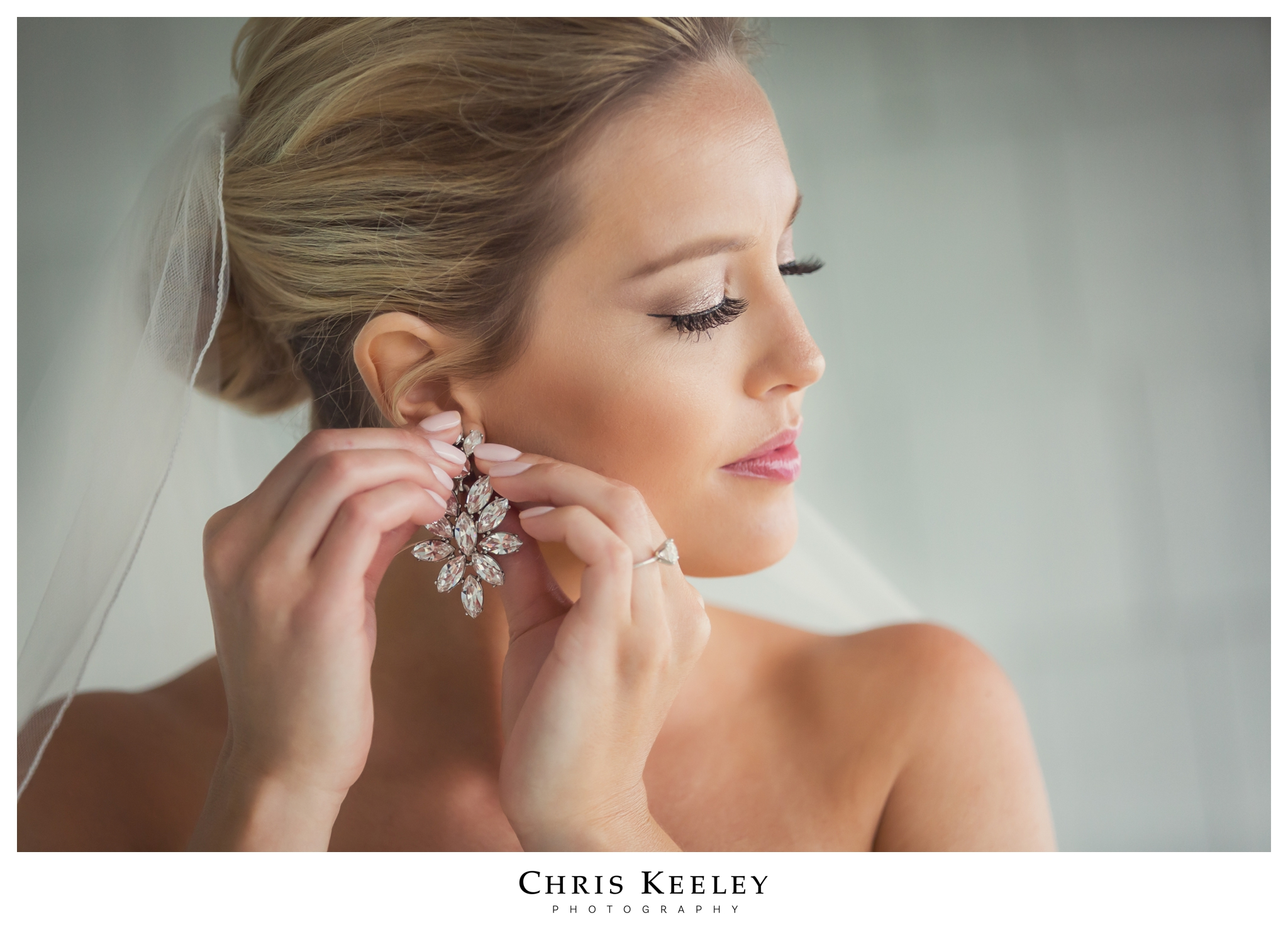 cliff-house-bride-earrings.jpg