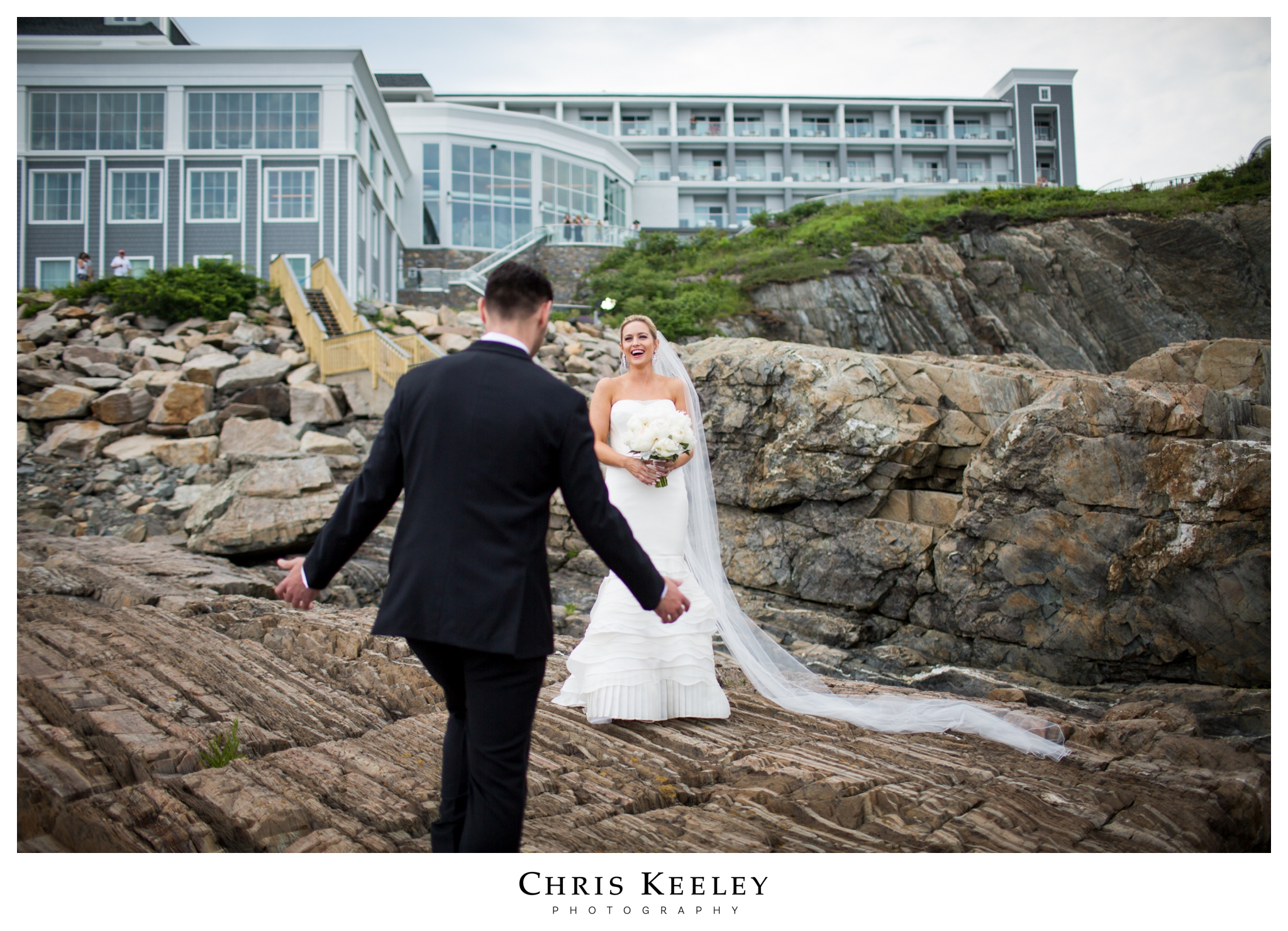 cliff-house-bride-sees-groom.jpg