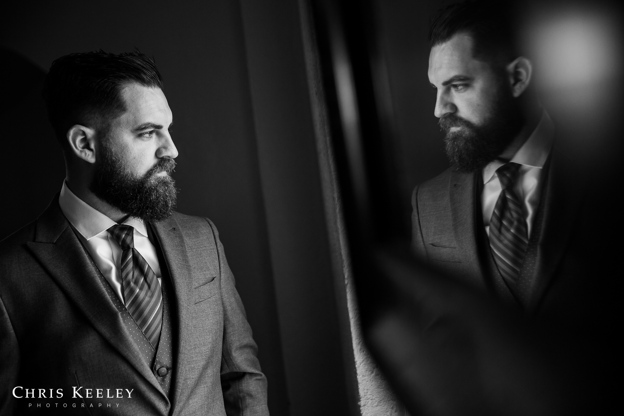 creative-reflection-of-groom.jpg