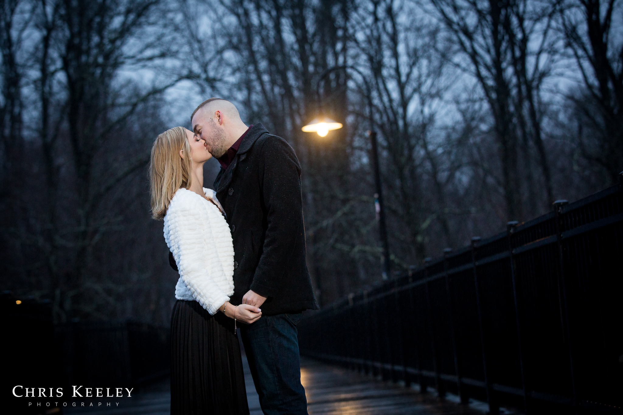 engagement-pictures-dover-new-hampshire-12.jpg
