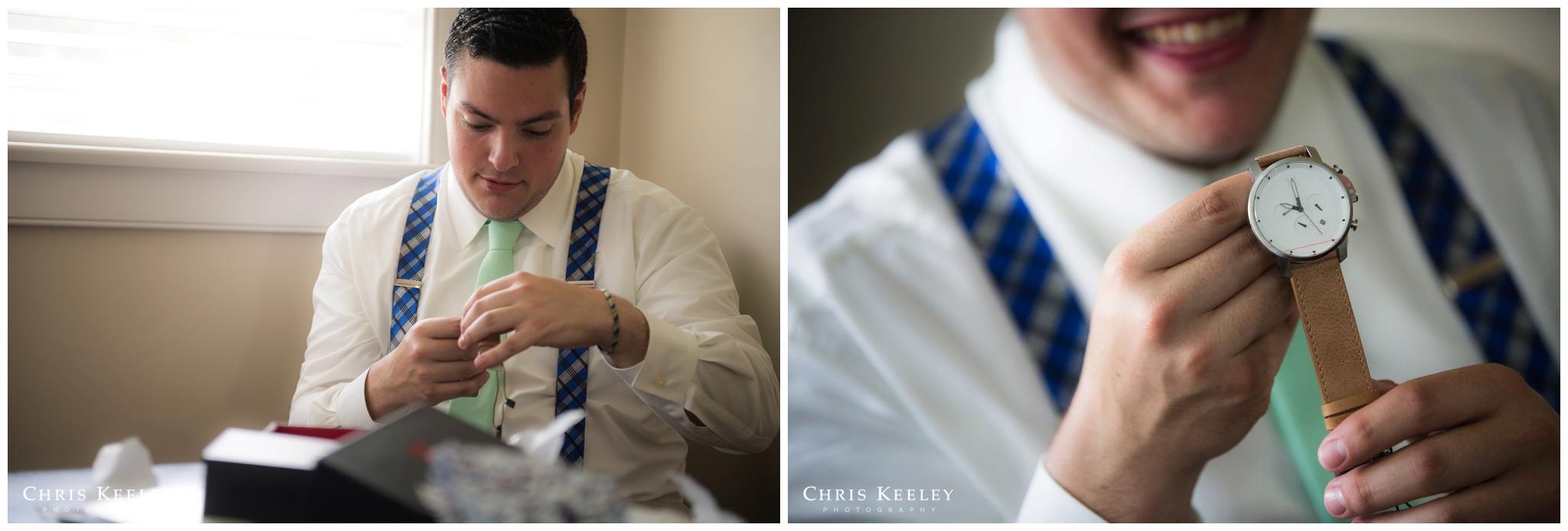 groom-opening-gift-from-bride.jpg