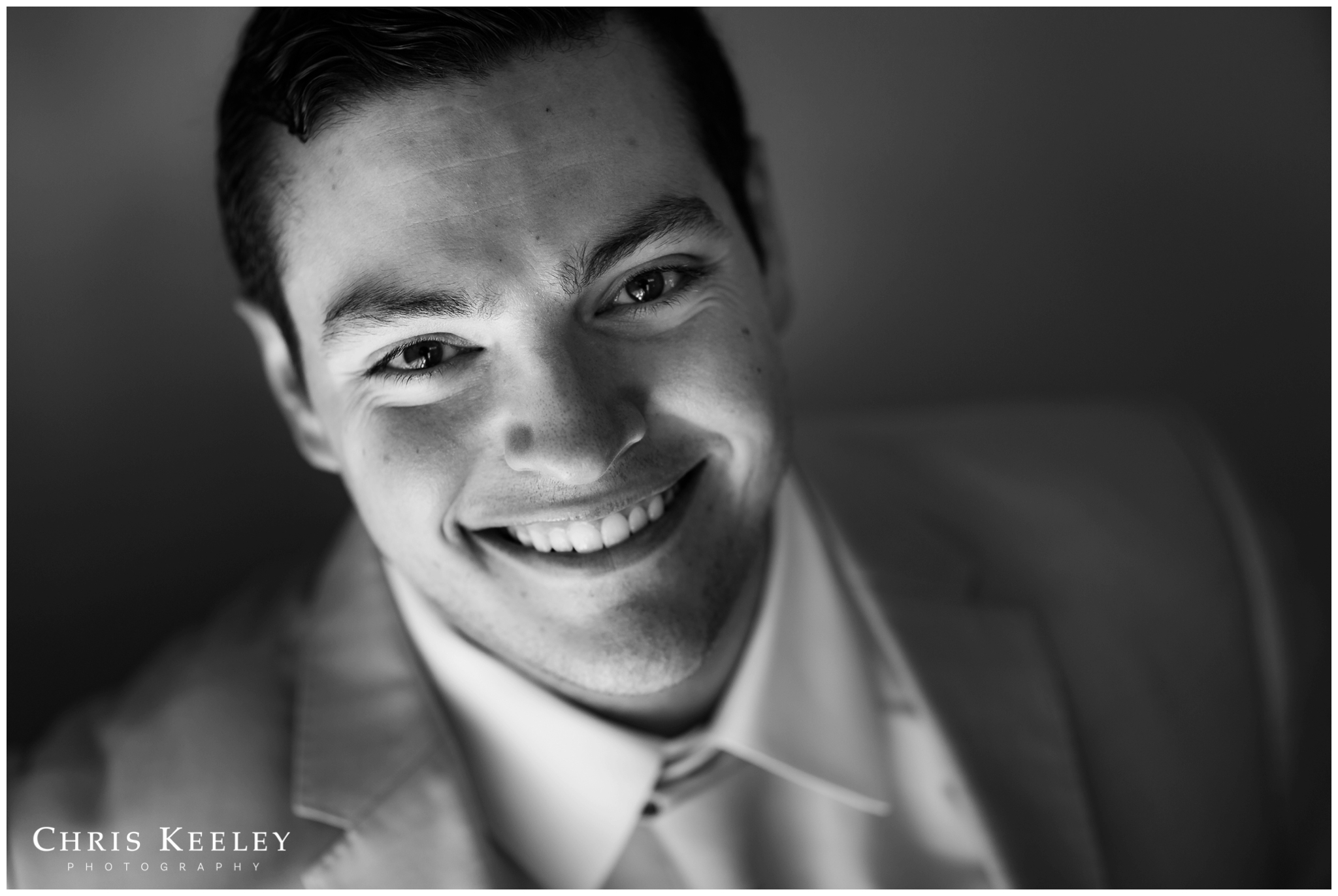 groom-portrait-headshot-black-and-white.jpg