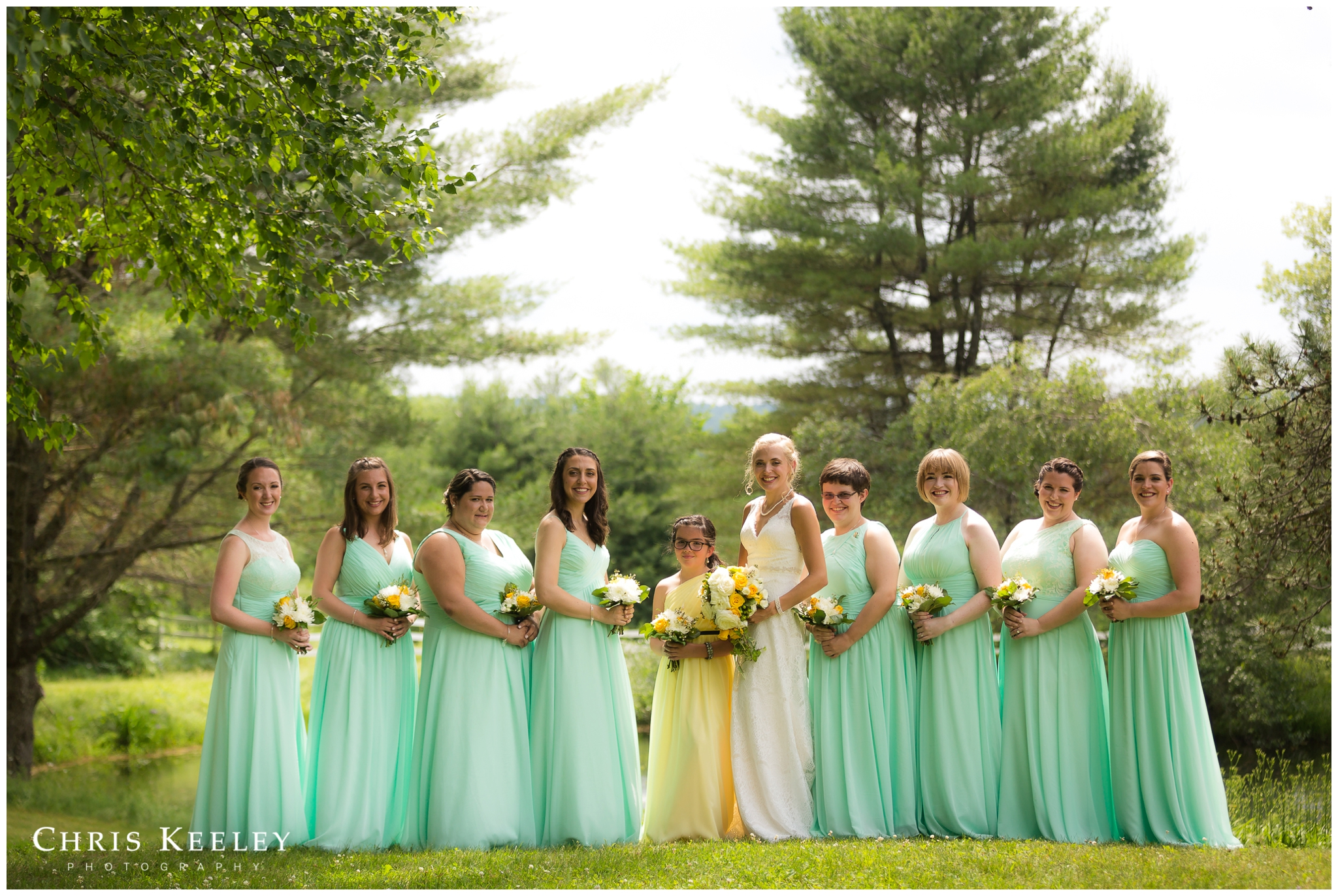 warm-sunny-bridal-party-at-new-hampshire-mountain-inn.jpg