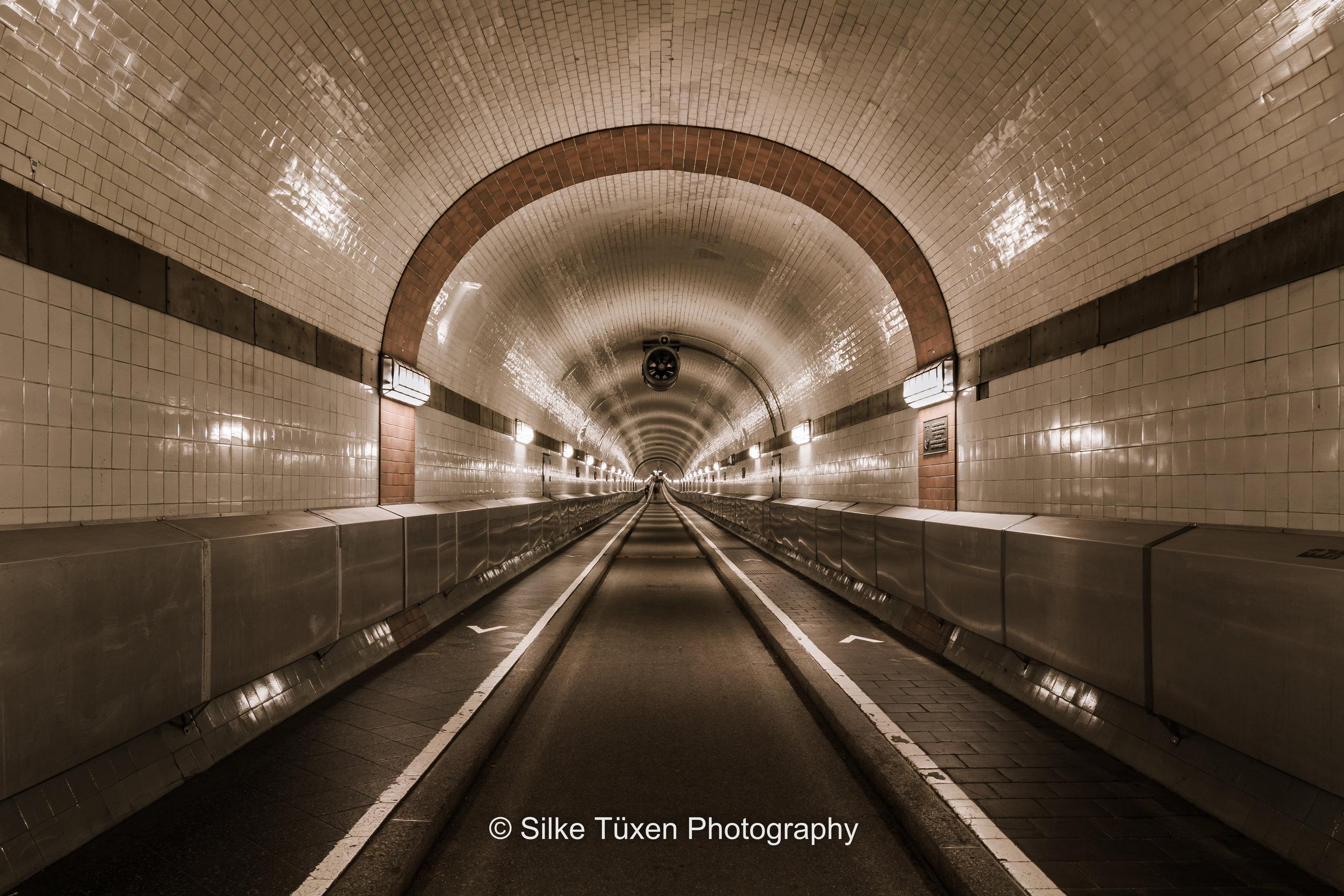 Old Elbe Tunnel - alter Elbtunnel, Hamburg