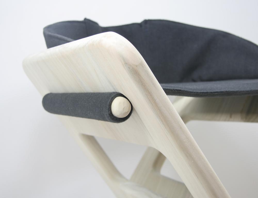 Brennan-Chiu_Industrial-Design_No7-Chair_Portable_Brennan-Chiu_Industrial-Design_No7-Chair_Portable_Detail-Shot-A.jpg