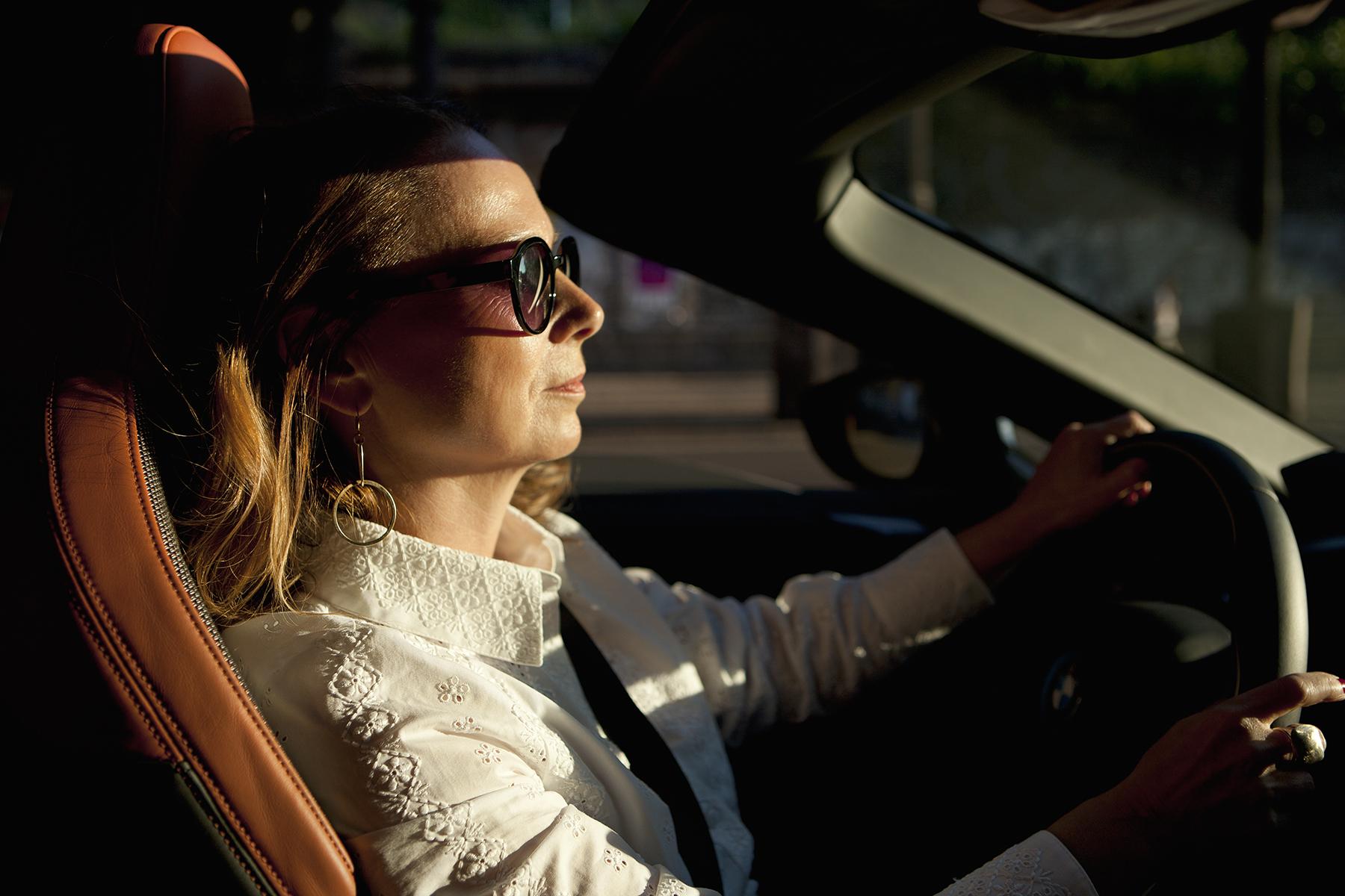 """Die Fahrende Frau""   Margit Stoffels x BMW i8  for    Zeit Magazin Mann"