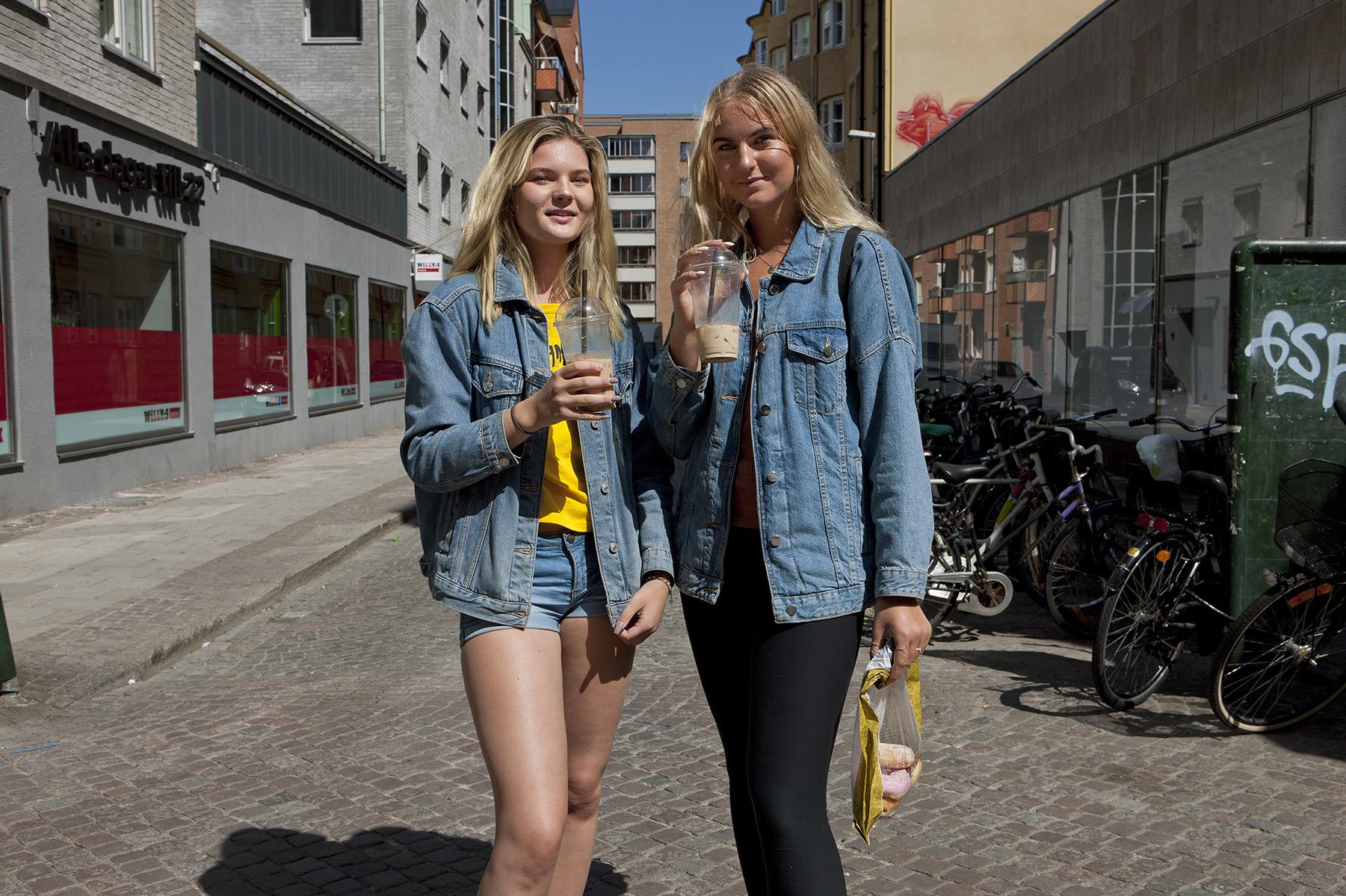 How modern is Sweden?   Vilma & Lisa   for  Der Spiegel