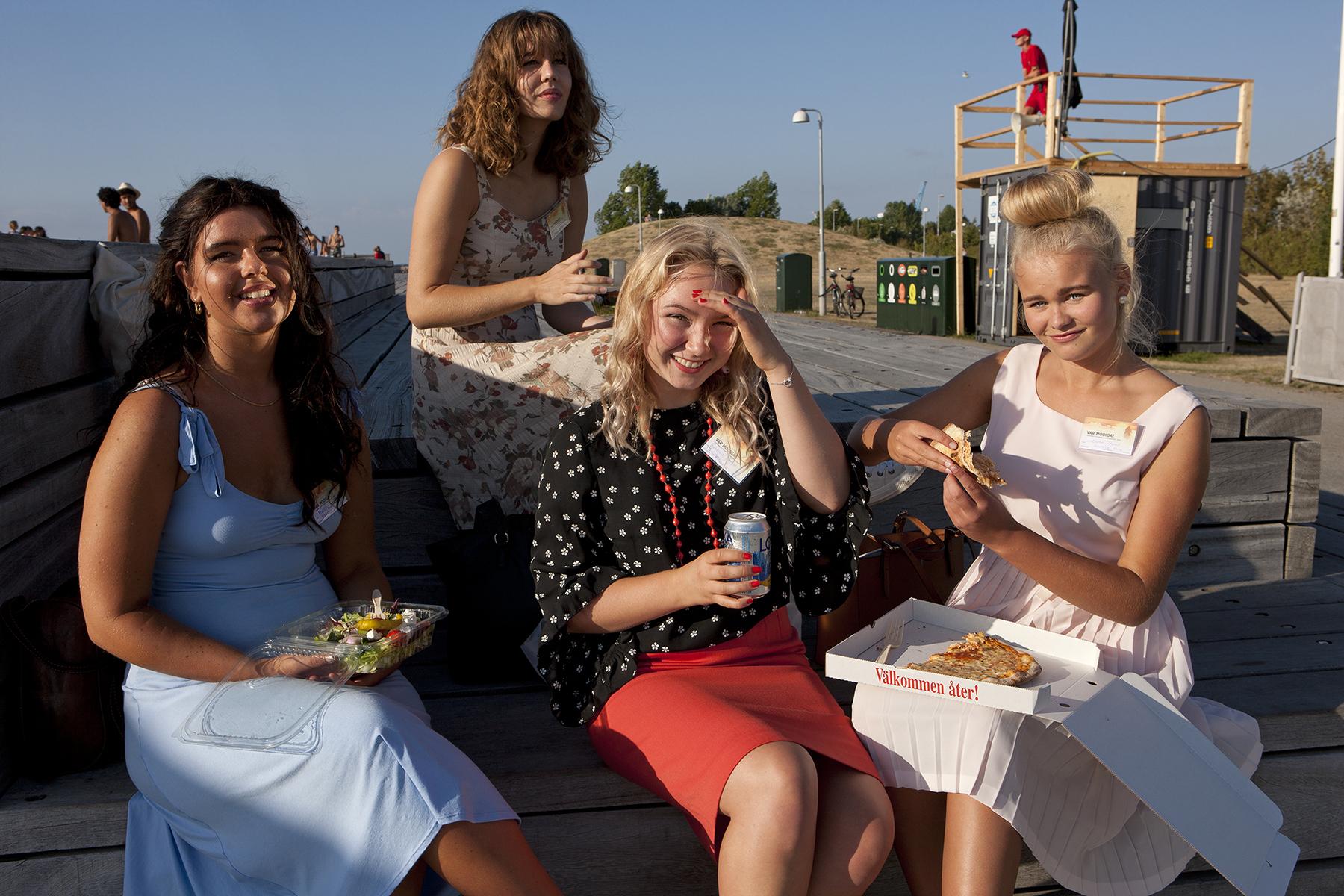 How modern is Sweden?   Michelle, Sofia, Rebecca, Esther   for  Der Spiegel