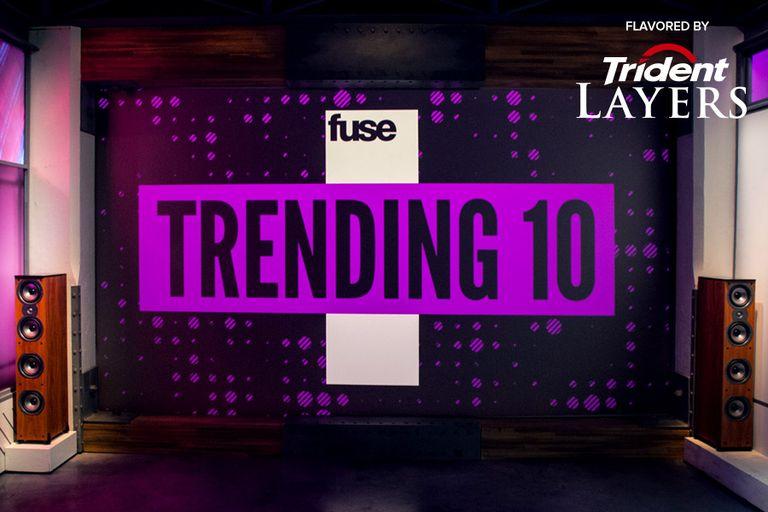 trending-10-white-trident-logo.jpg