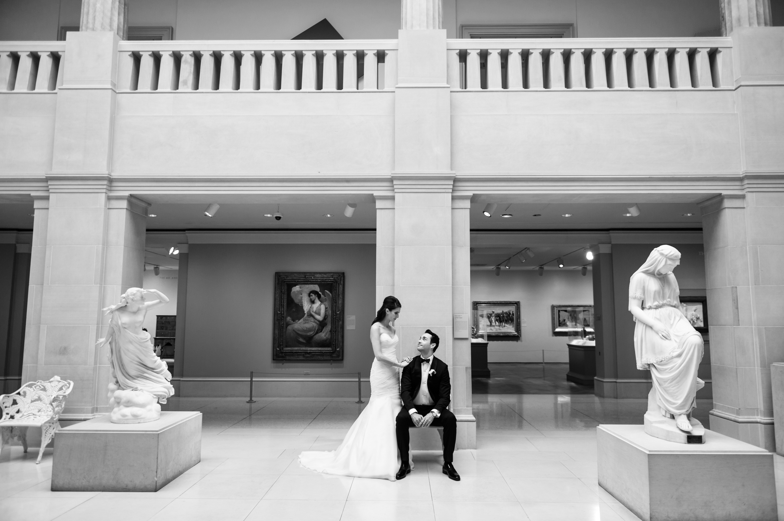 wedding at the art institute of chicago.jpg