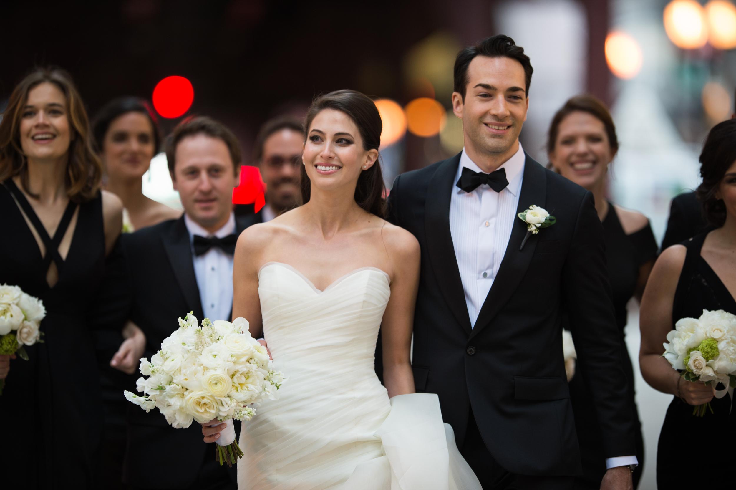 wedding photos in downtown chicago.jpg