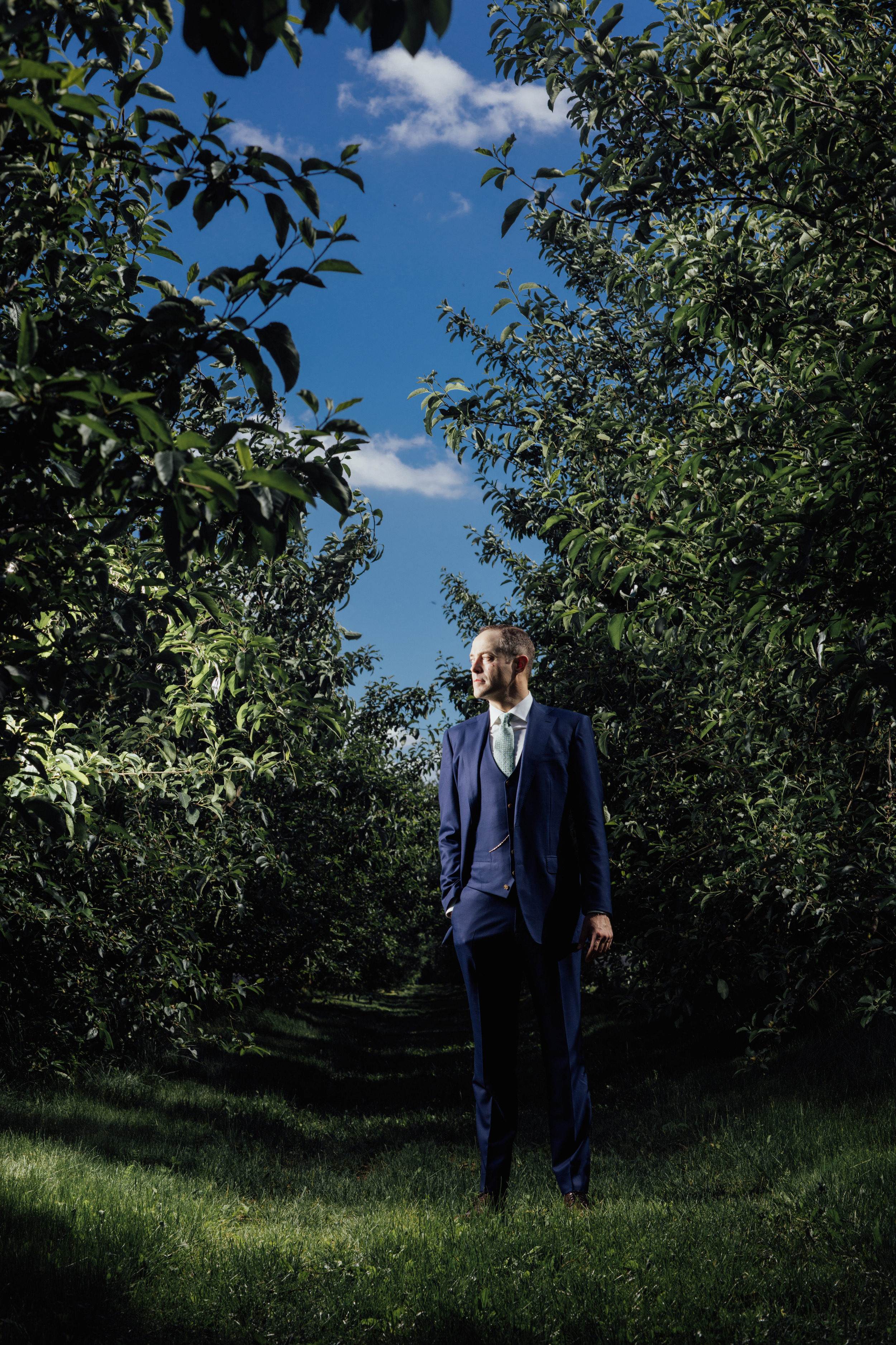 Groom at County Line Orchard.jpg