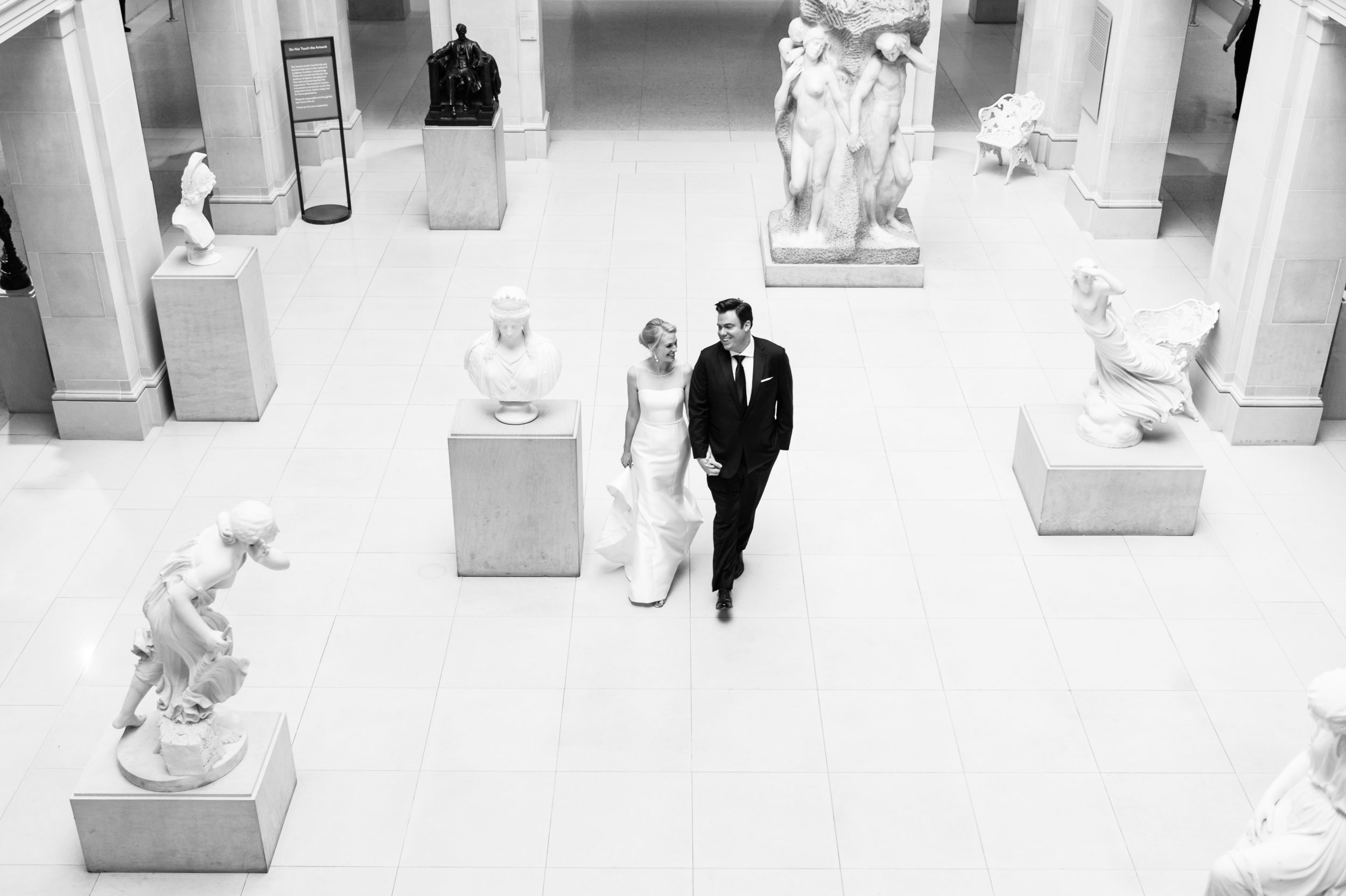 wedding photography at Chicago Art Institute