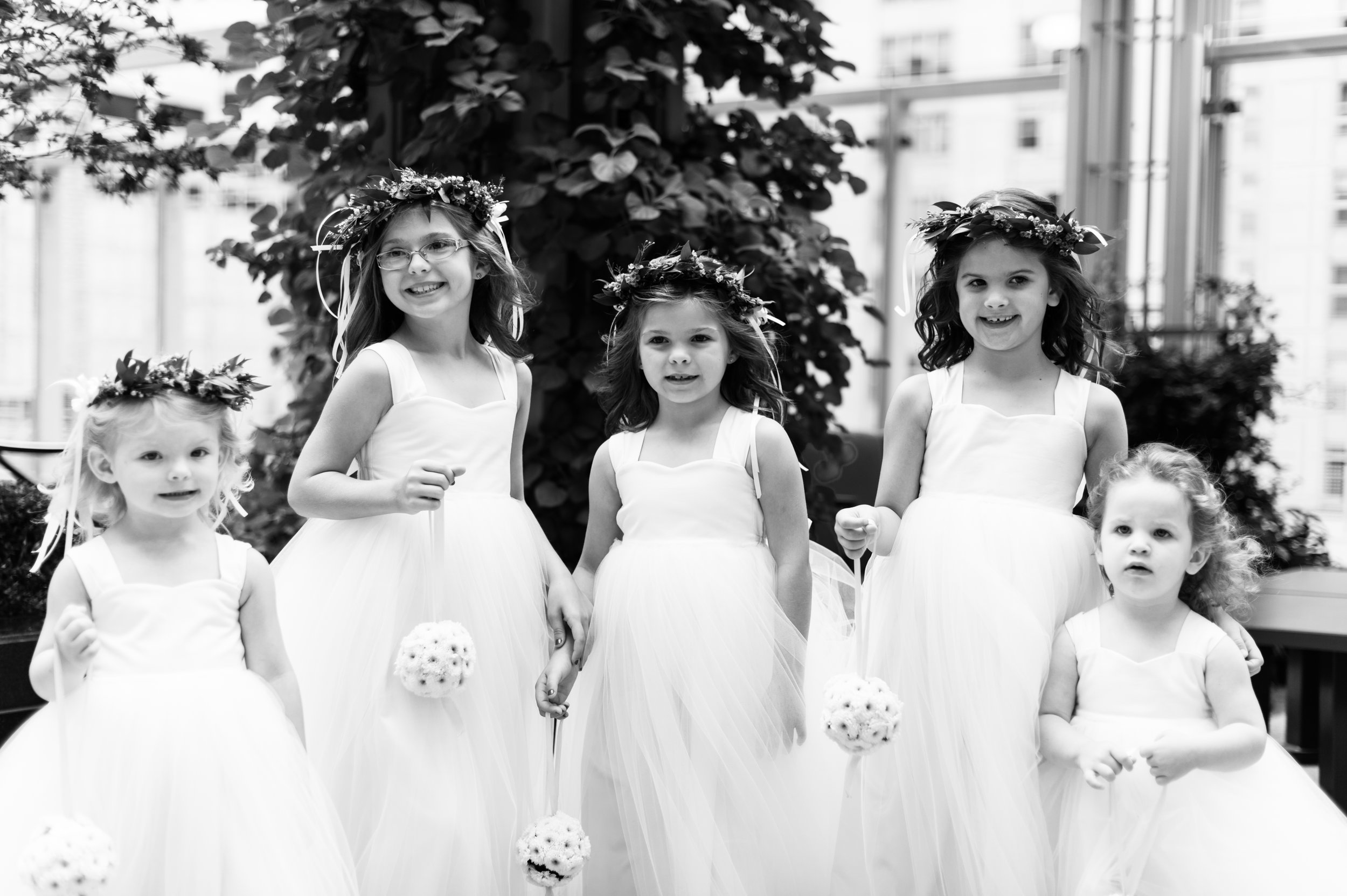 flowers girls wedding photography