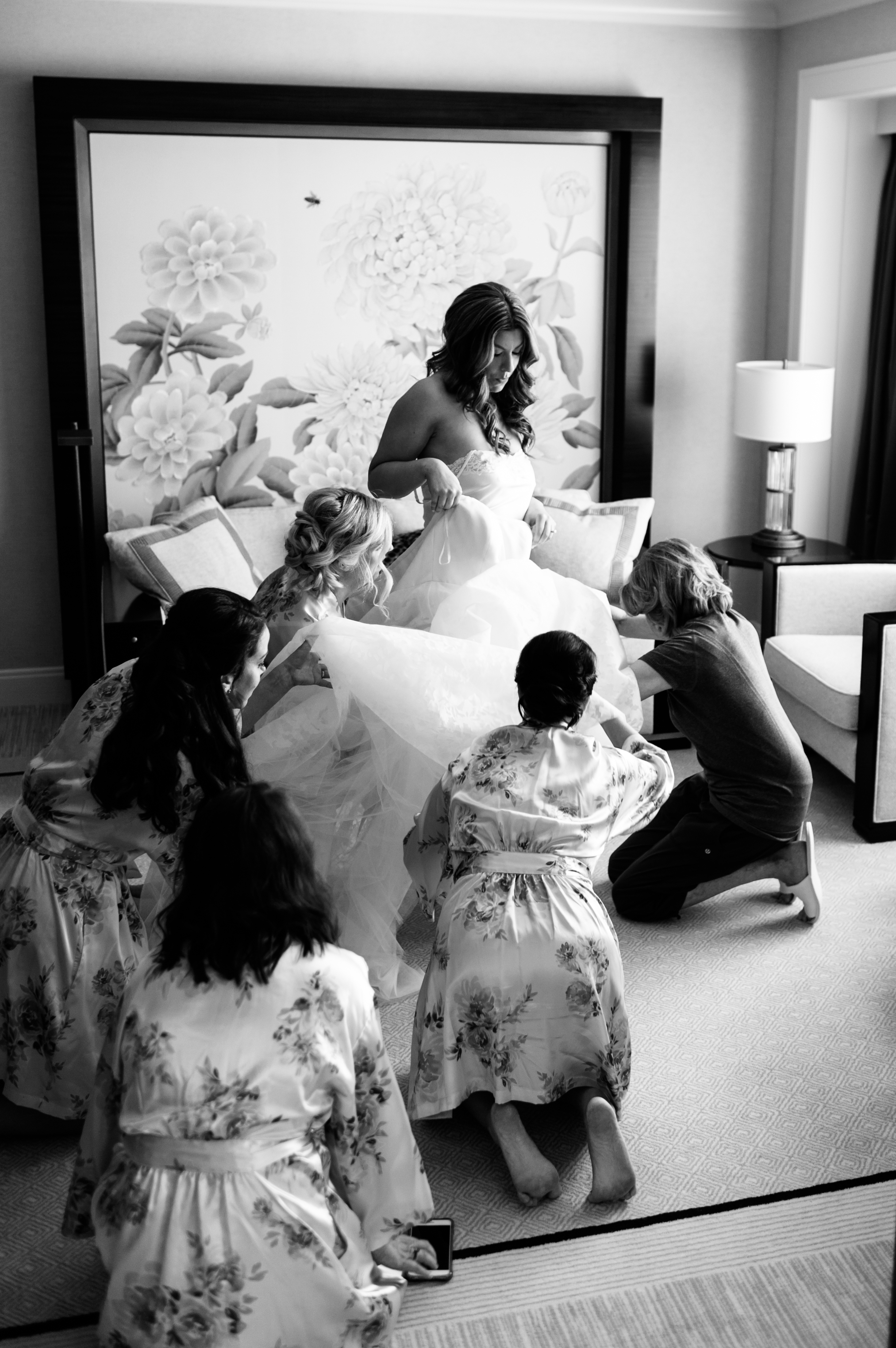 Bride Getting ready at the peninsula