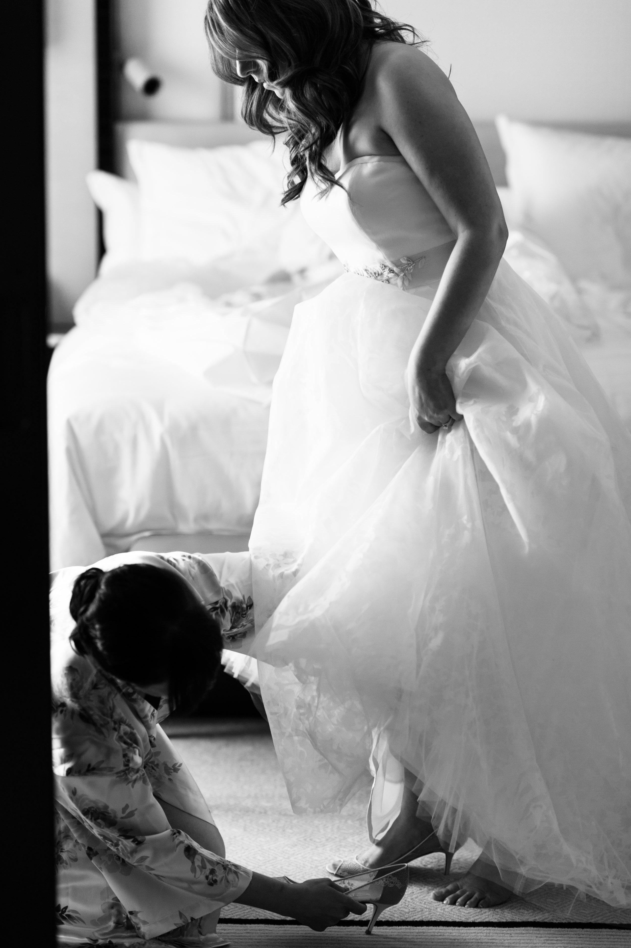 Bride Getting Ready Chicago Weddings