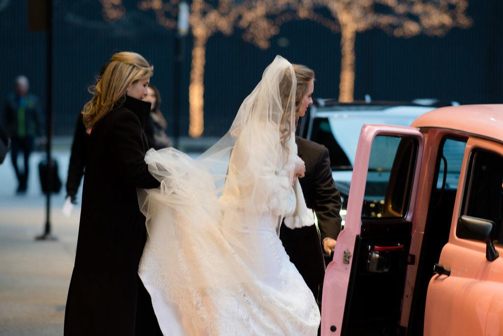 chicago-wedding-morgan-manufacturing-12.jpg