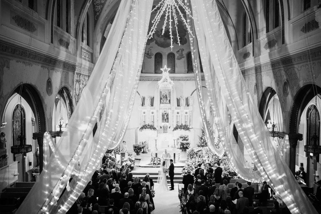 chicago-wedding-morgan-manufacturing-27.jpg