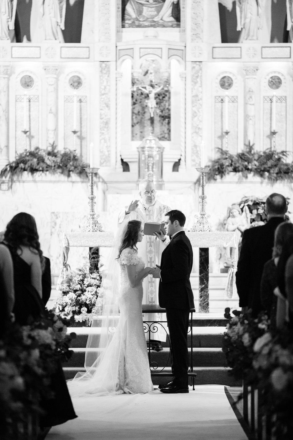 chicago-wedding-morgan-manufacturing-37.jpg