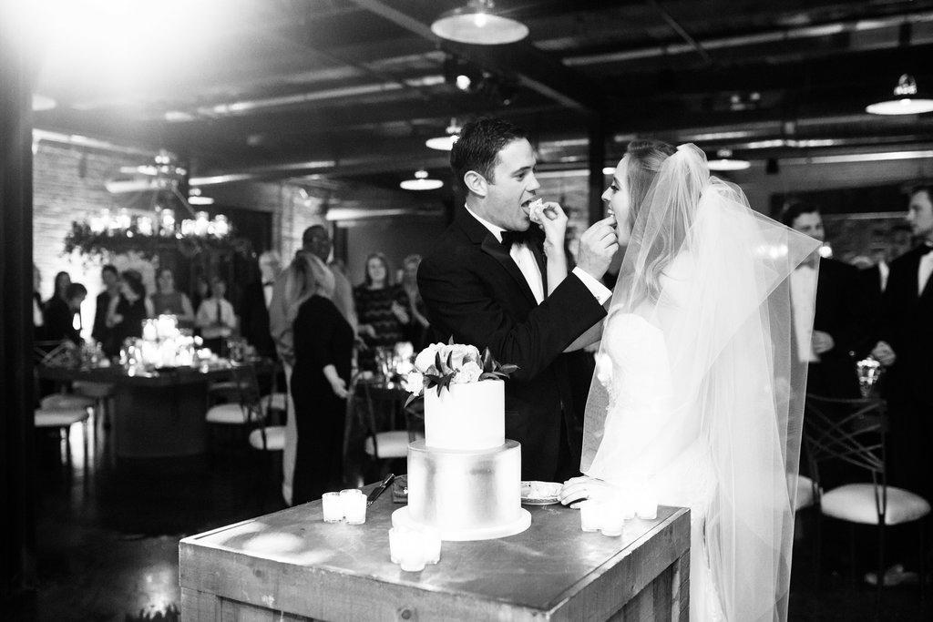 chicago-wedding-morgan-manufacturing-61.jpg