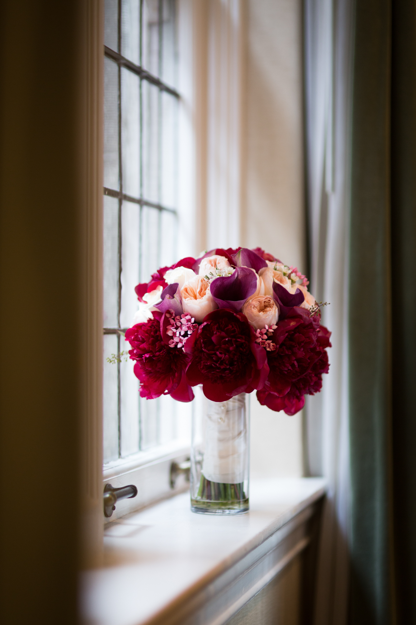 Bridal bouquet at University Club of Chicago