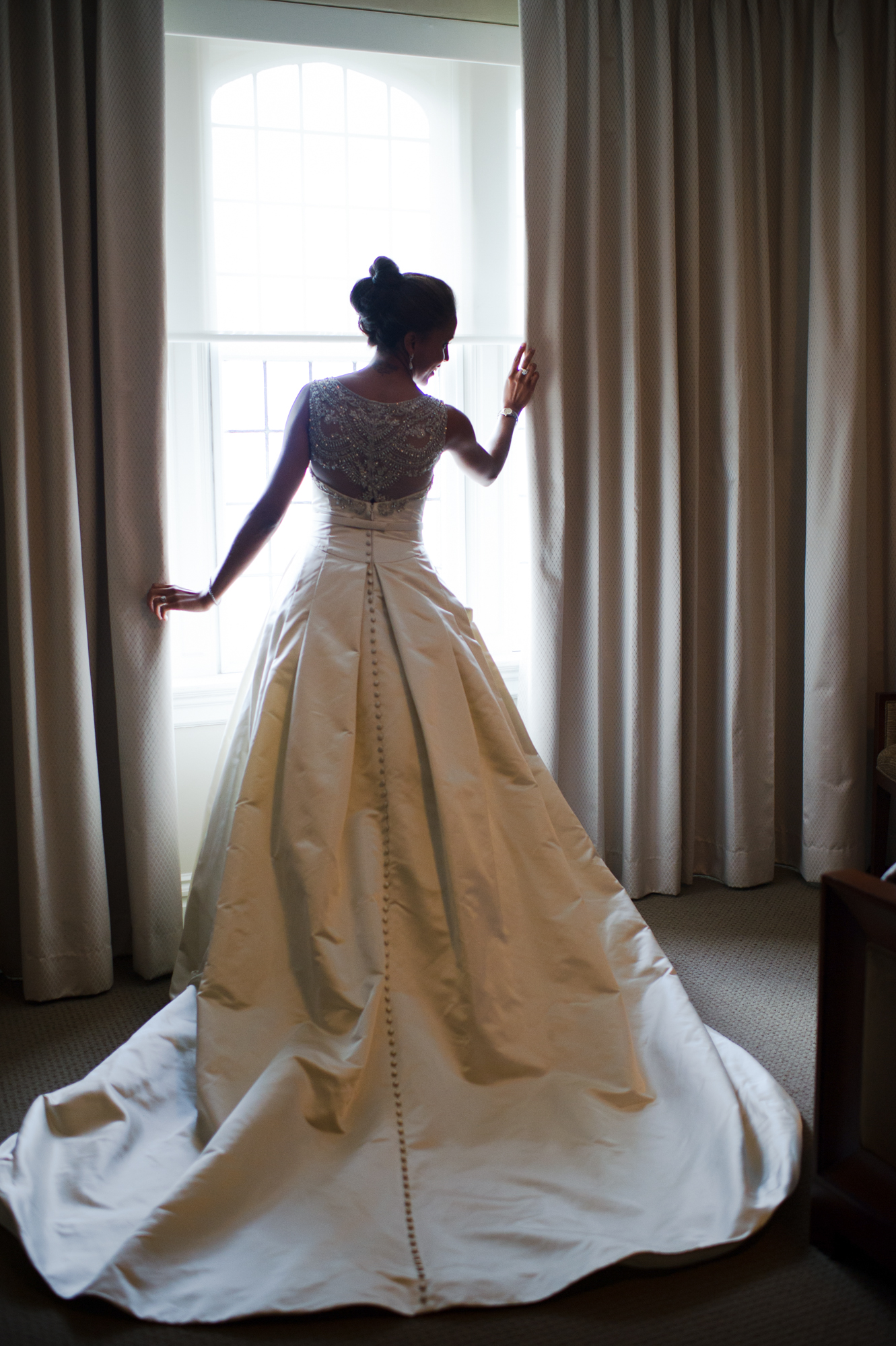 Bridal portrait at University Club of Chicago