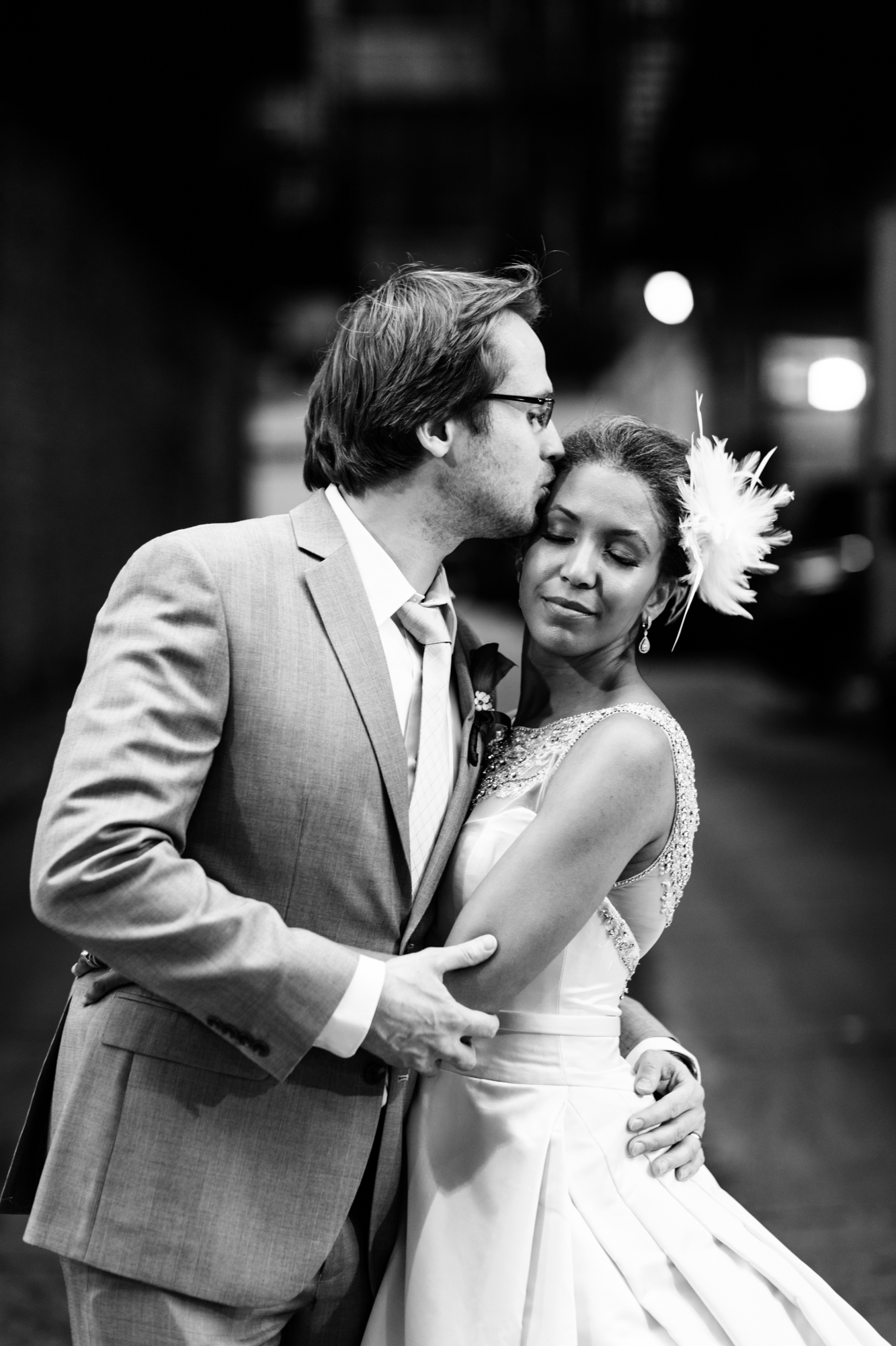 Portrait of bride and groom in downtown Chicago