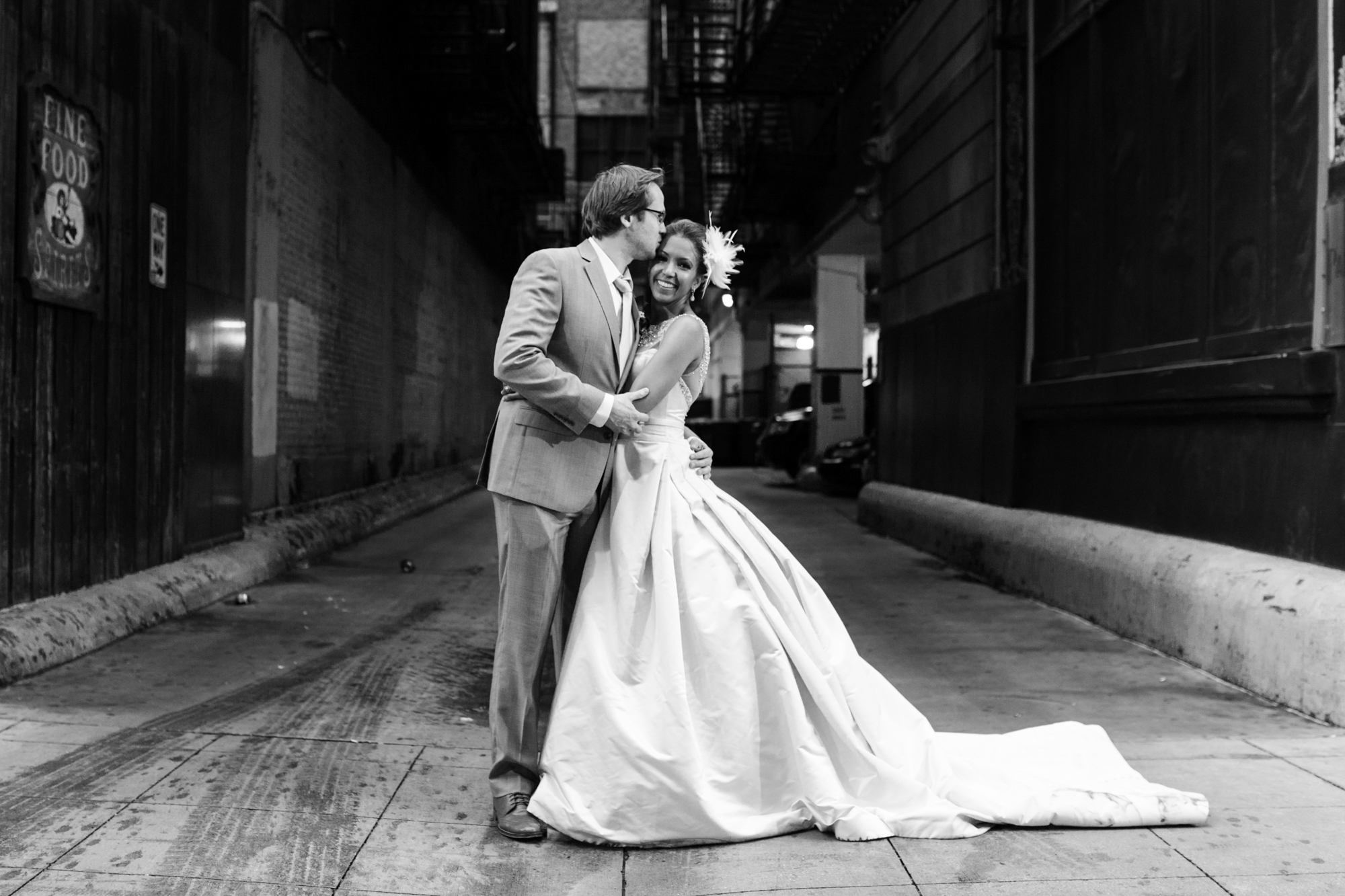 Wedding photos in downtown Chicago