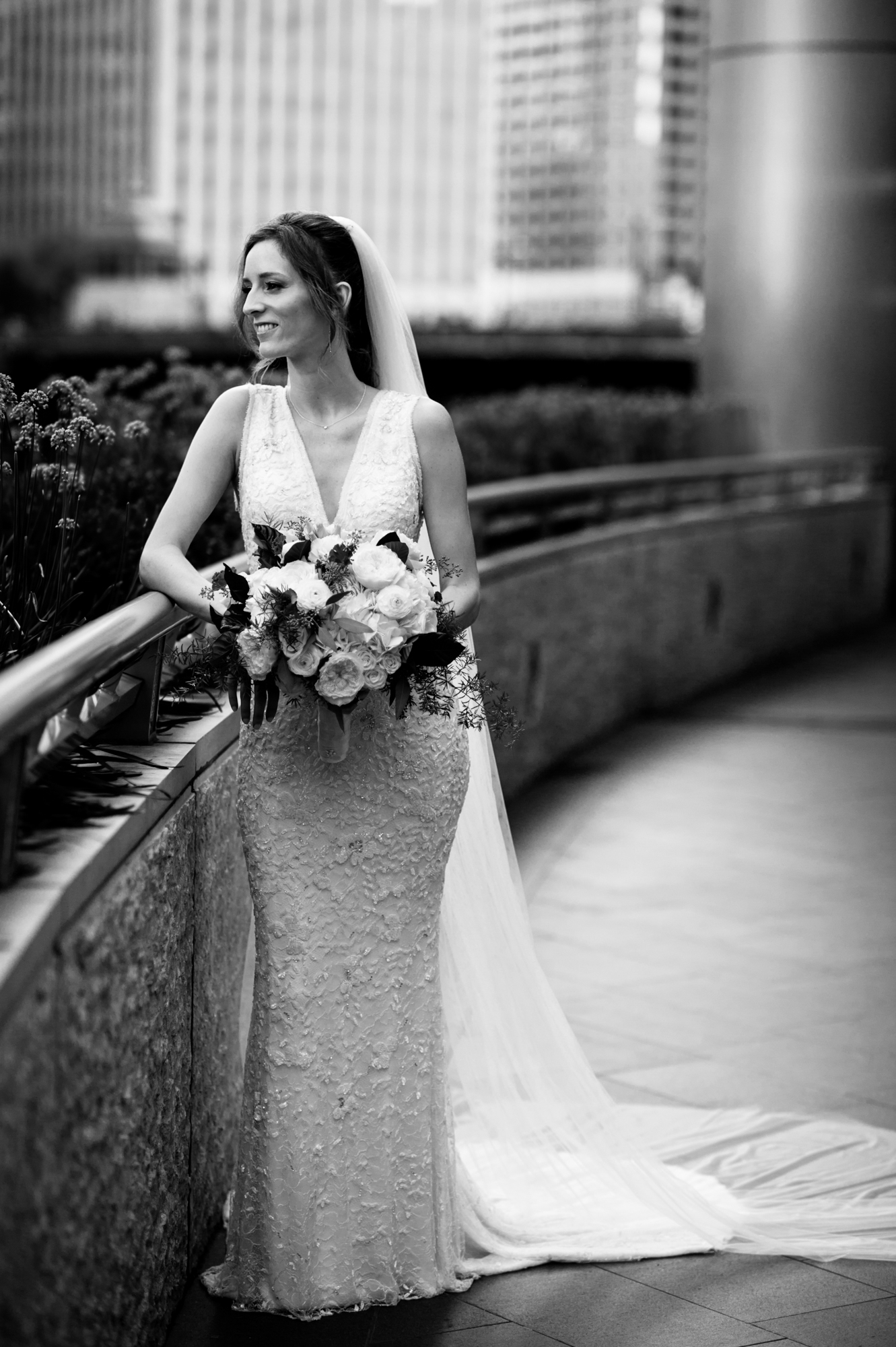 Bridal portrait in downtown Chicago