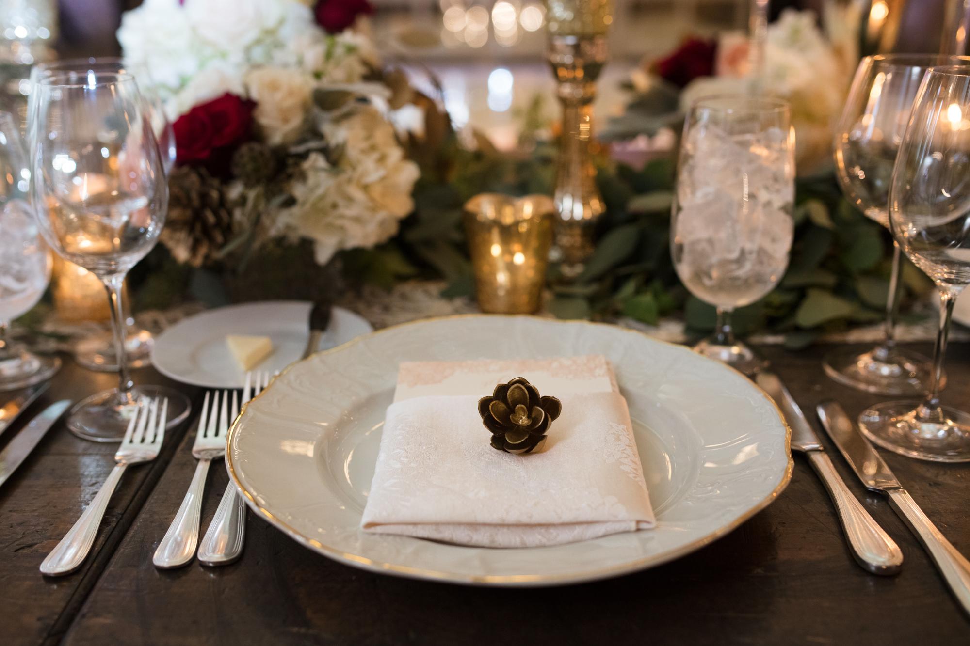 Romantic autumn wedding reception at Chicago Cultural Center
