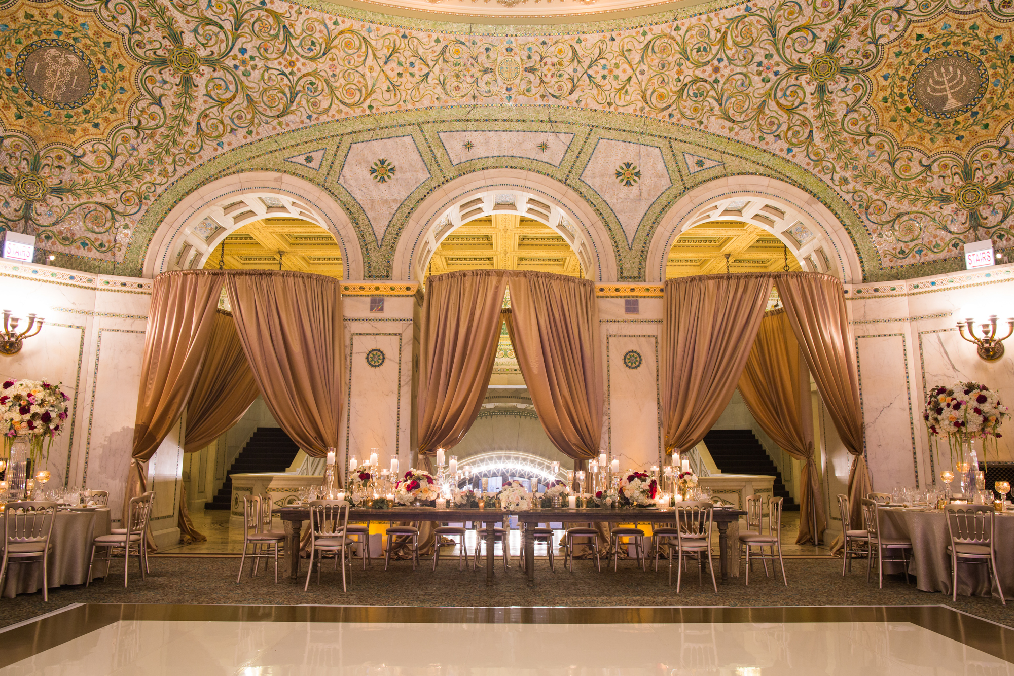 Chicago Cultural Center wedding reception by Platinum Events and Big City Bride