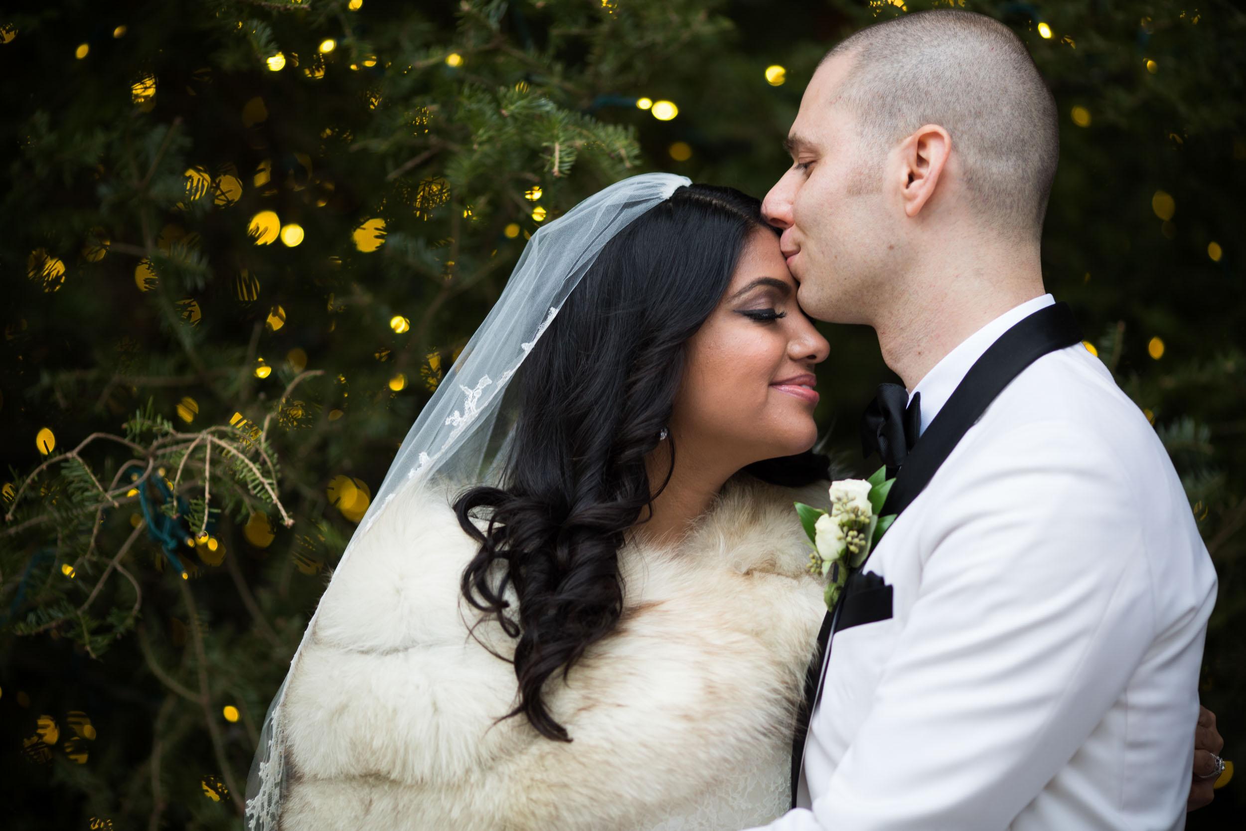 Chicago winter wedding portraits