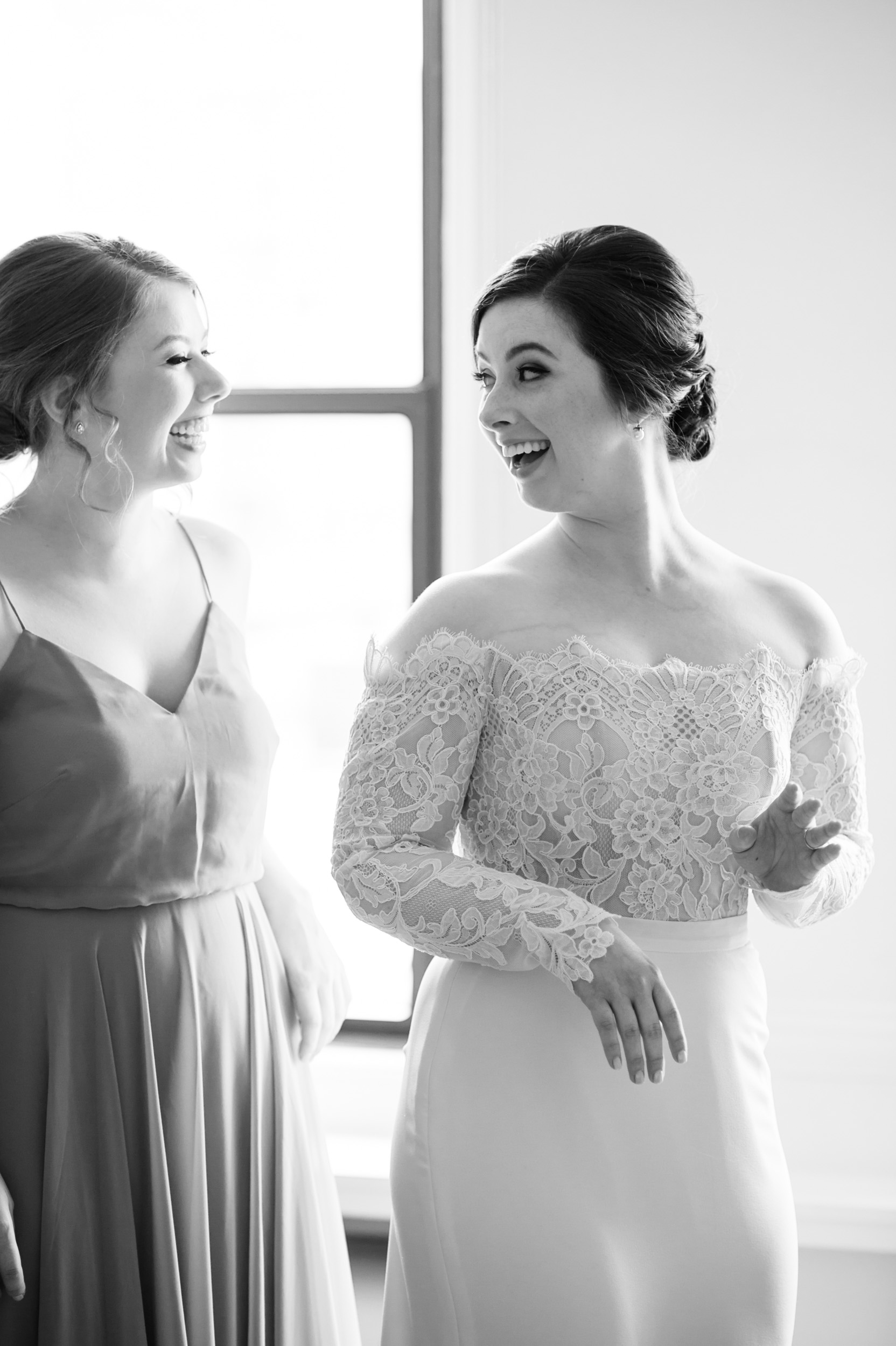 Documentary wedding photography at Public Hotel Chicago, Illinois